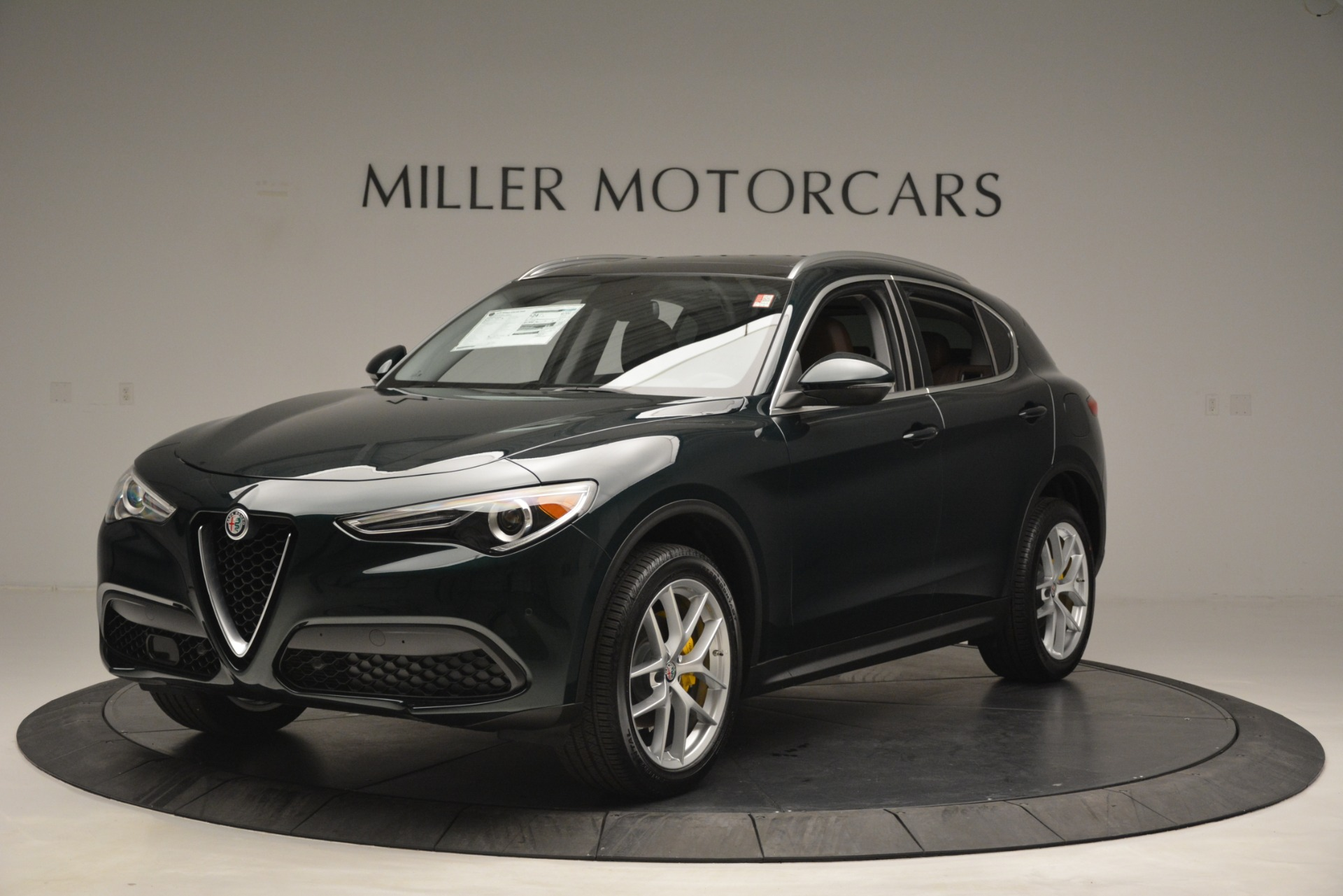 New 2019 Alfa Romeo Stelvio Q4 For Sale In Greenwich, CT. Alfa Romeo of Greenwich, L521 2812_main