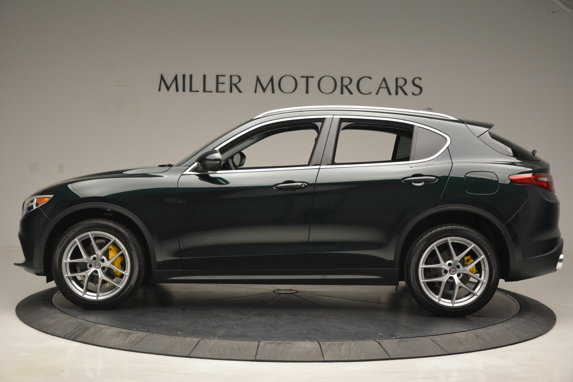 New 2019 Alfa Romeo Stelvio Q4 For Sale In Greenwich, CT. Alfa Romeo of Greenwich, L521 2812_p3