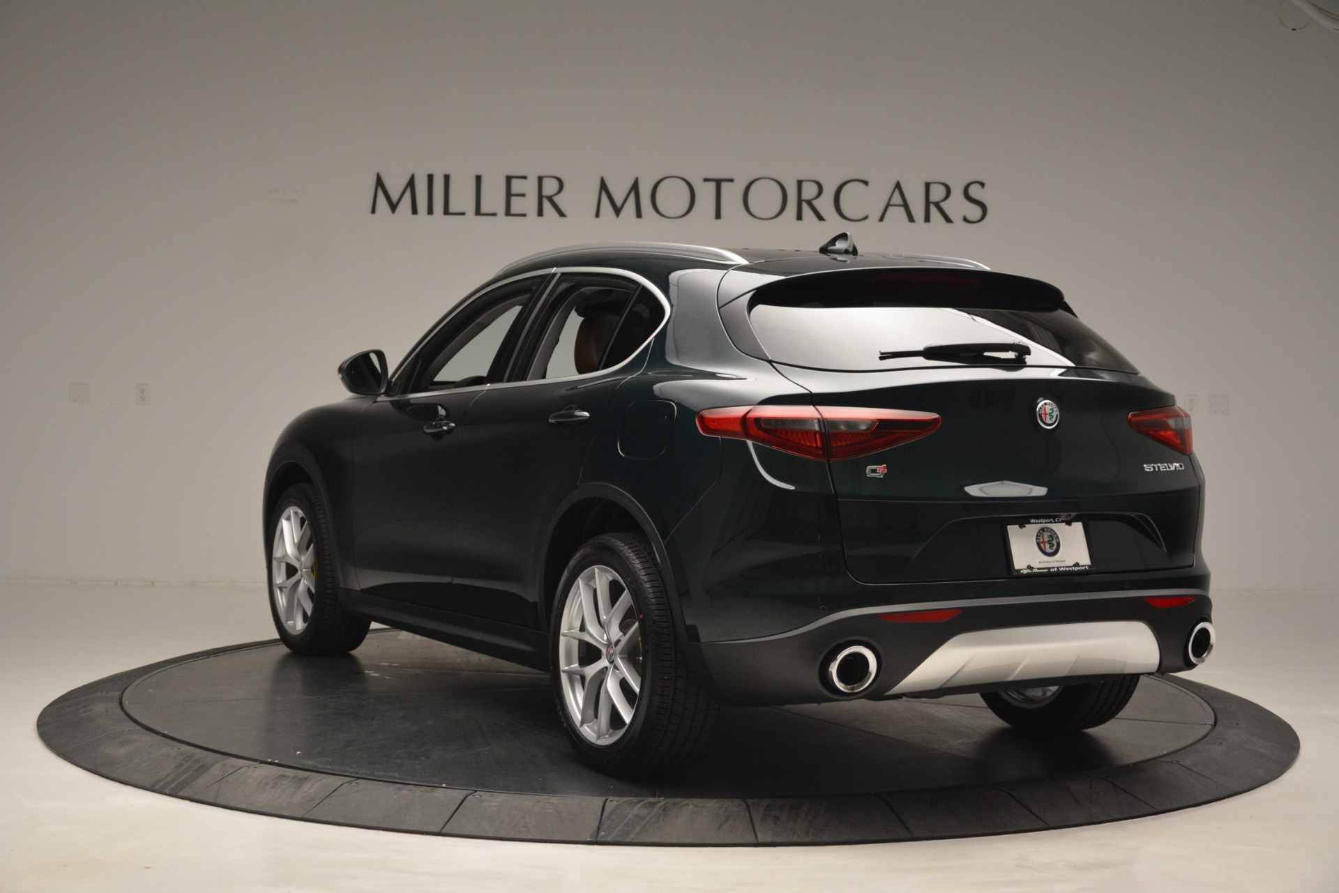 New 2019 Alfa Romeo Stelvio Q4 For Sale In Greenwich, CT. Alfa Romeo of Greenwich, L521 2812_p5