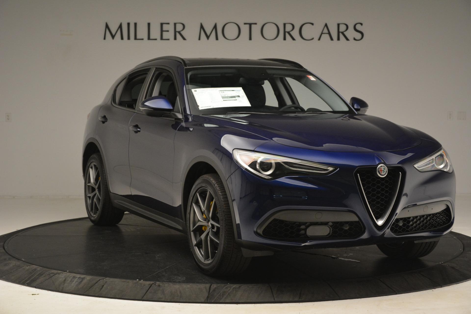 New 2019 Alfa Romeo Stelvio Sport Q4 For Sale In Greenwich, CT. Alfa Romeo of Greenwich, L524 2815_p11