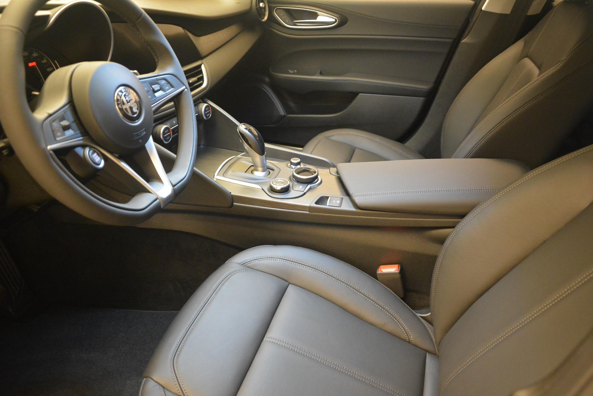 New 2019 Alfa Romeo Giulia Q4 For Sale $45890 In Greenwich, CT 2820_p14