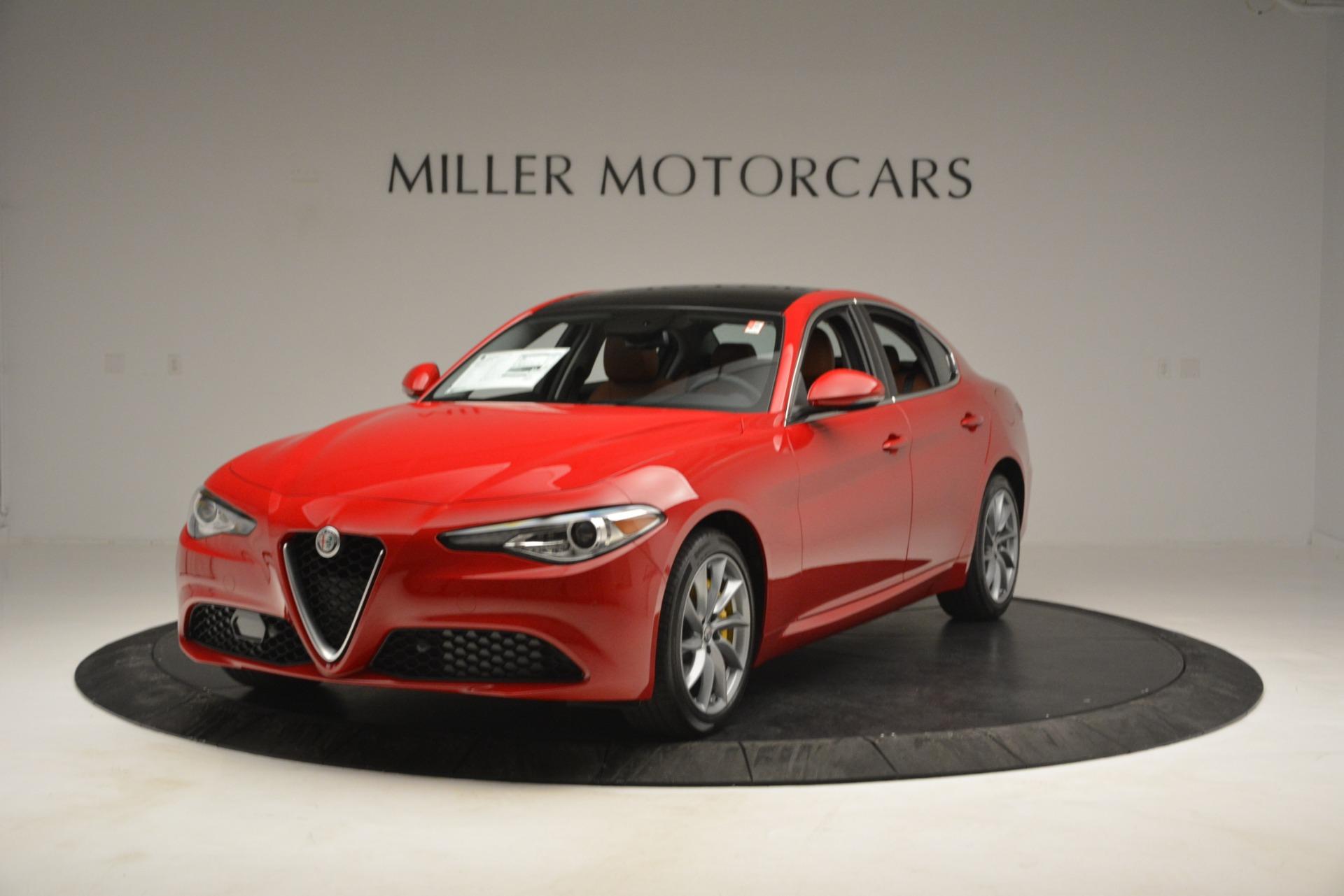 New 2019 Alfa Romeo Giulia Q4 For Sale In Greenwich, CT. Alfa Romeo of Greenwich, LW282 2821_main