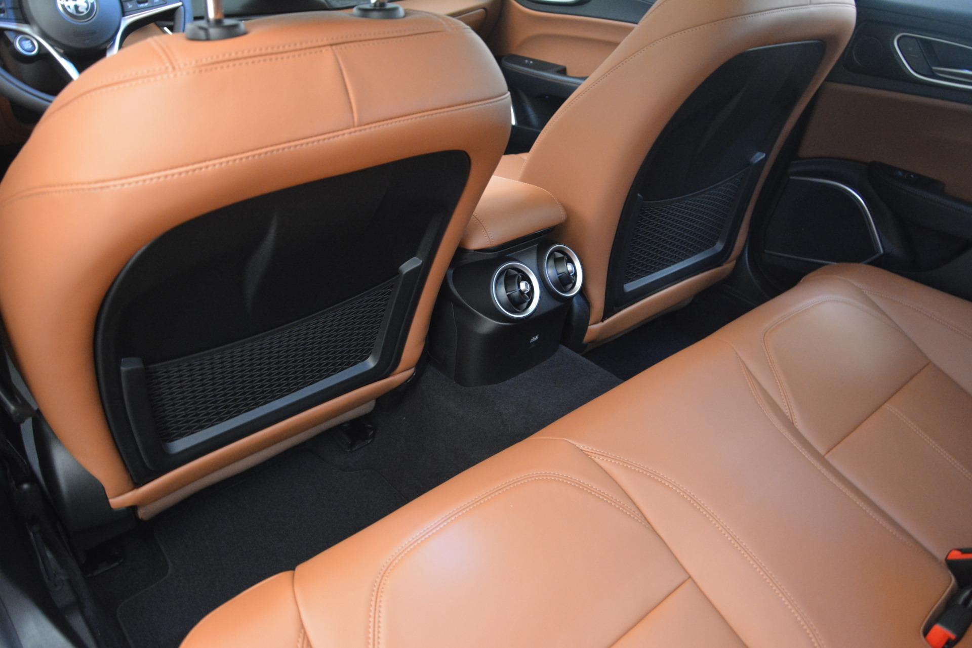 New 2019 Alfa Romeo Giulia Q4 For Sale In Greenwich, CT. Alfa Romeo of Greenwich, LW282 2821_p16