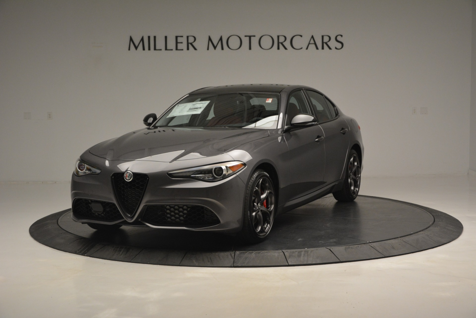 New 2019 Alfa Romeo Giulia Ti Sport Q4 For Sale In Greenwich, CT. Alfa Romeo of Greenwich, LW285