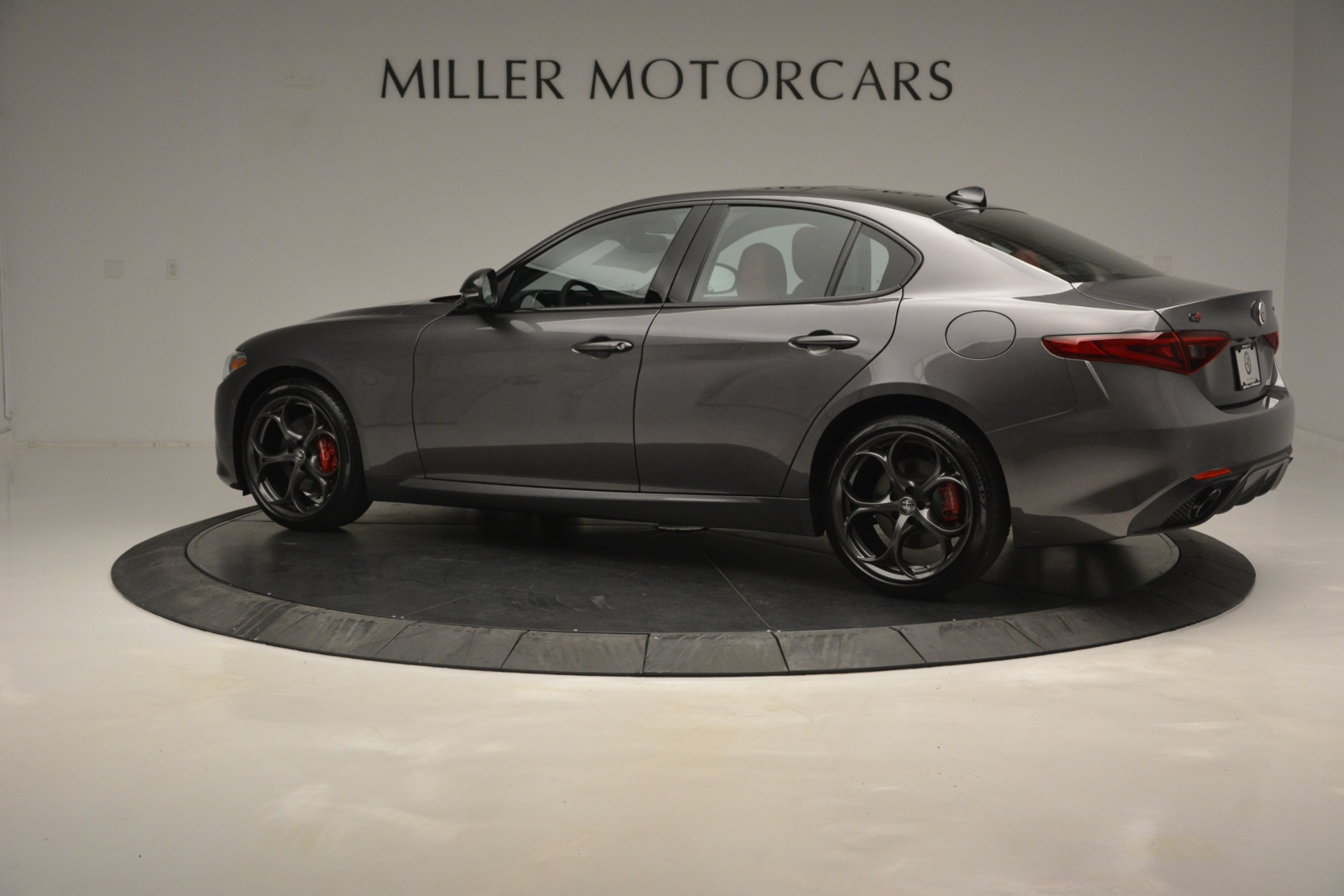 New 2019 Alfa Romeo Giulia Ti Sport Q4 For Sale In Greenwich, CT. Alfa Romeo of Greenwich, LW285 2824_p4