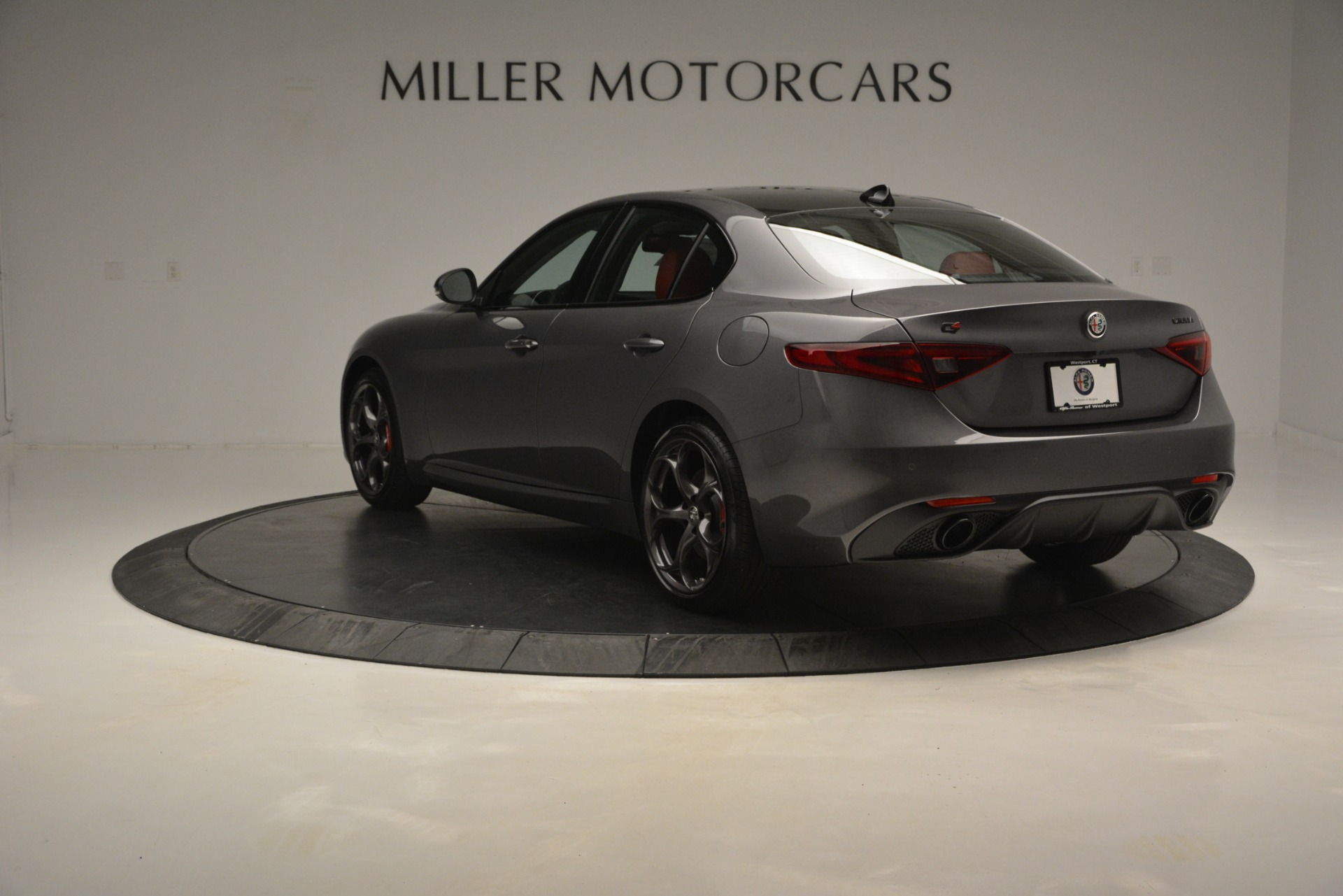 New 2019 Alfa Romeo Giulia Ti Sport Q4 For Sale In Greenwich, CT. Alfa Romeo of Greenwich, LW285 2824_p5