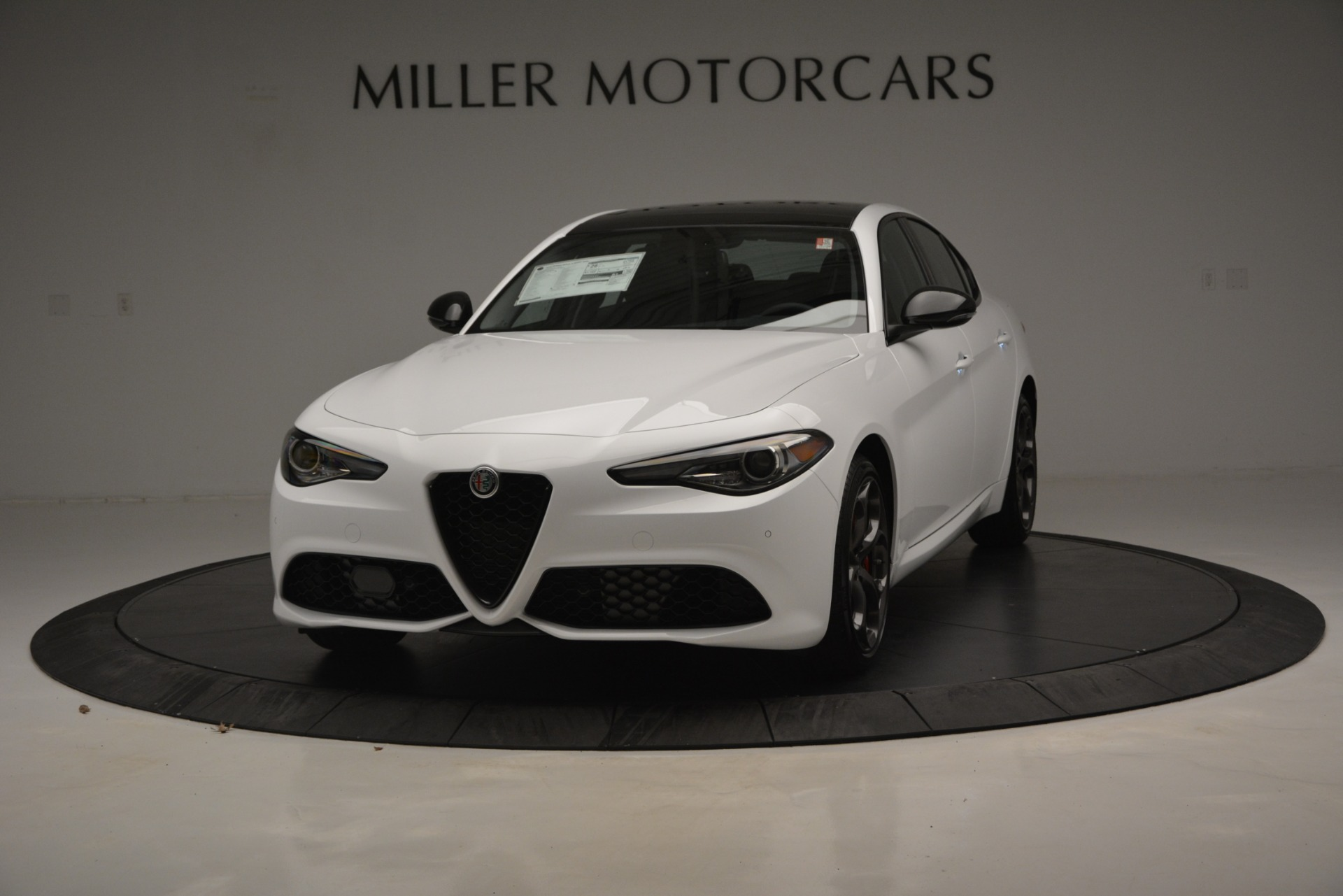 New 2019 Alfa Romeo Giulia Ti Sport Q4 For Sale In Greenwich, CT. Alfa Romeo of Greenwich, LW287 2826_main