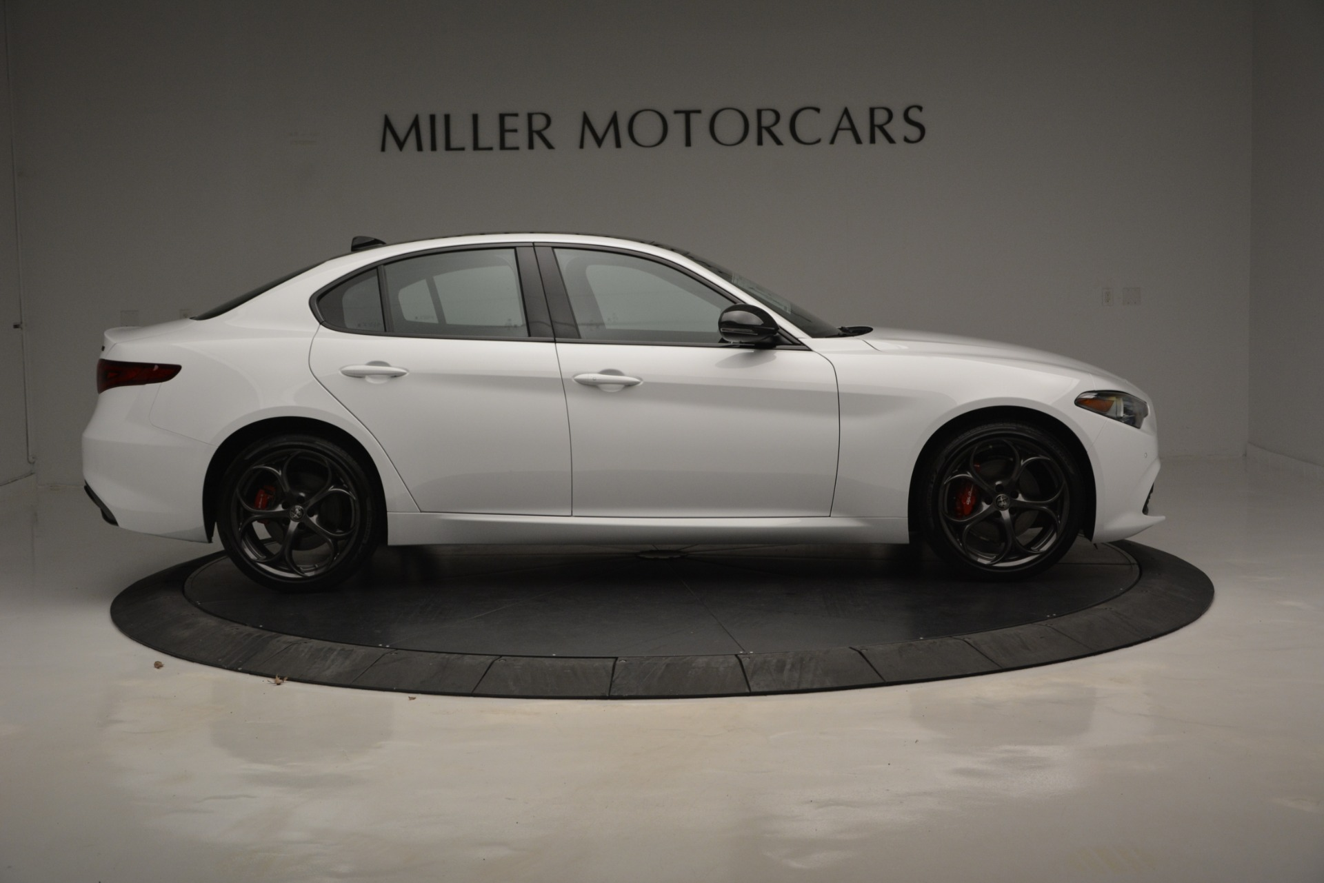 New 2019 Alfa Romeo Giulia Ti Sport Q4 For Sale In Greenwich, CT. Alfa Romeo of Greenwich, LW287 2826_p10