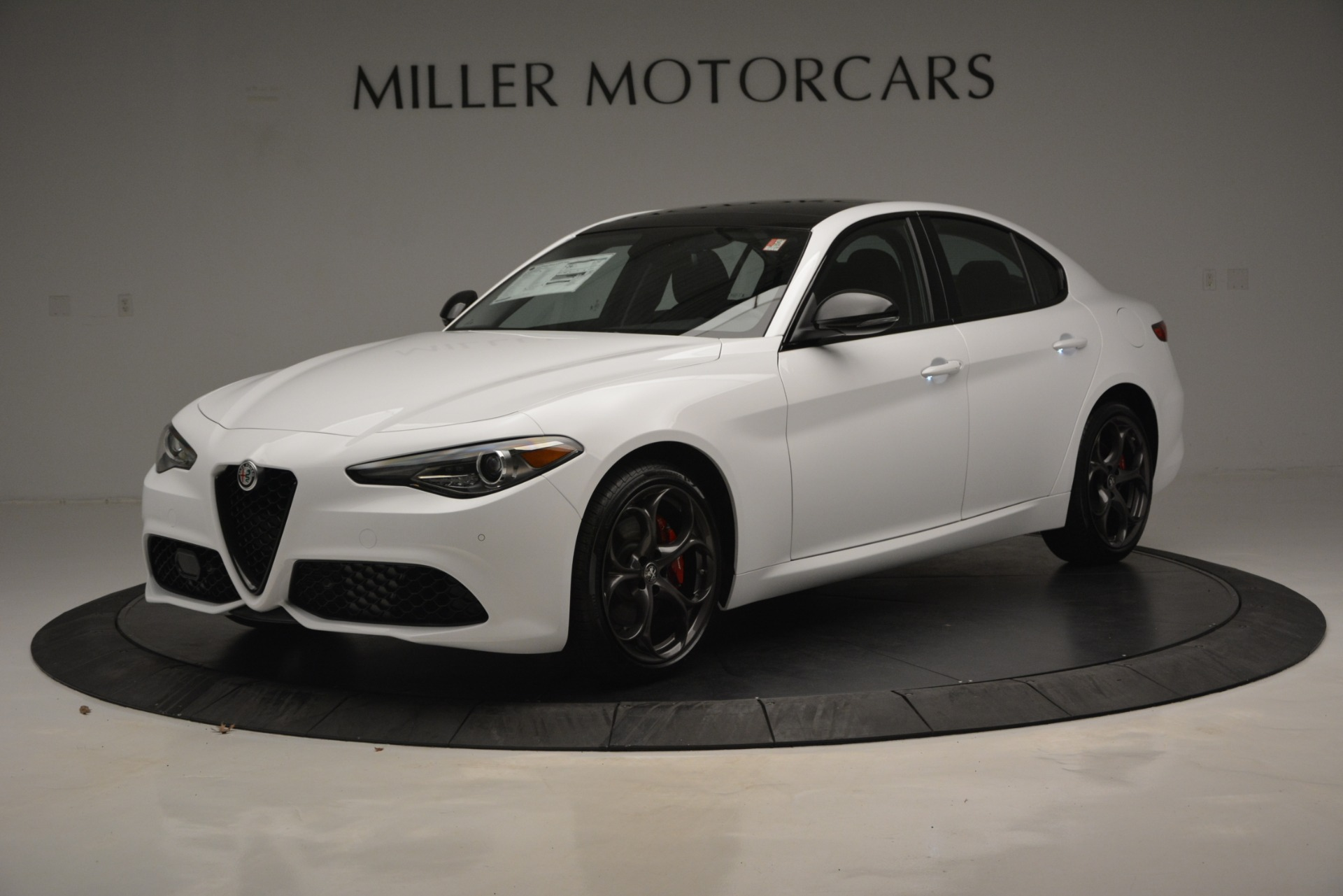 New 2019 Alfa Romeo Giulia Ti Sport Q4 For Sale In Greenwich, CT. Alfa Romeo of Greenwich, LW287 2826_p2