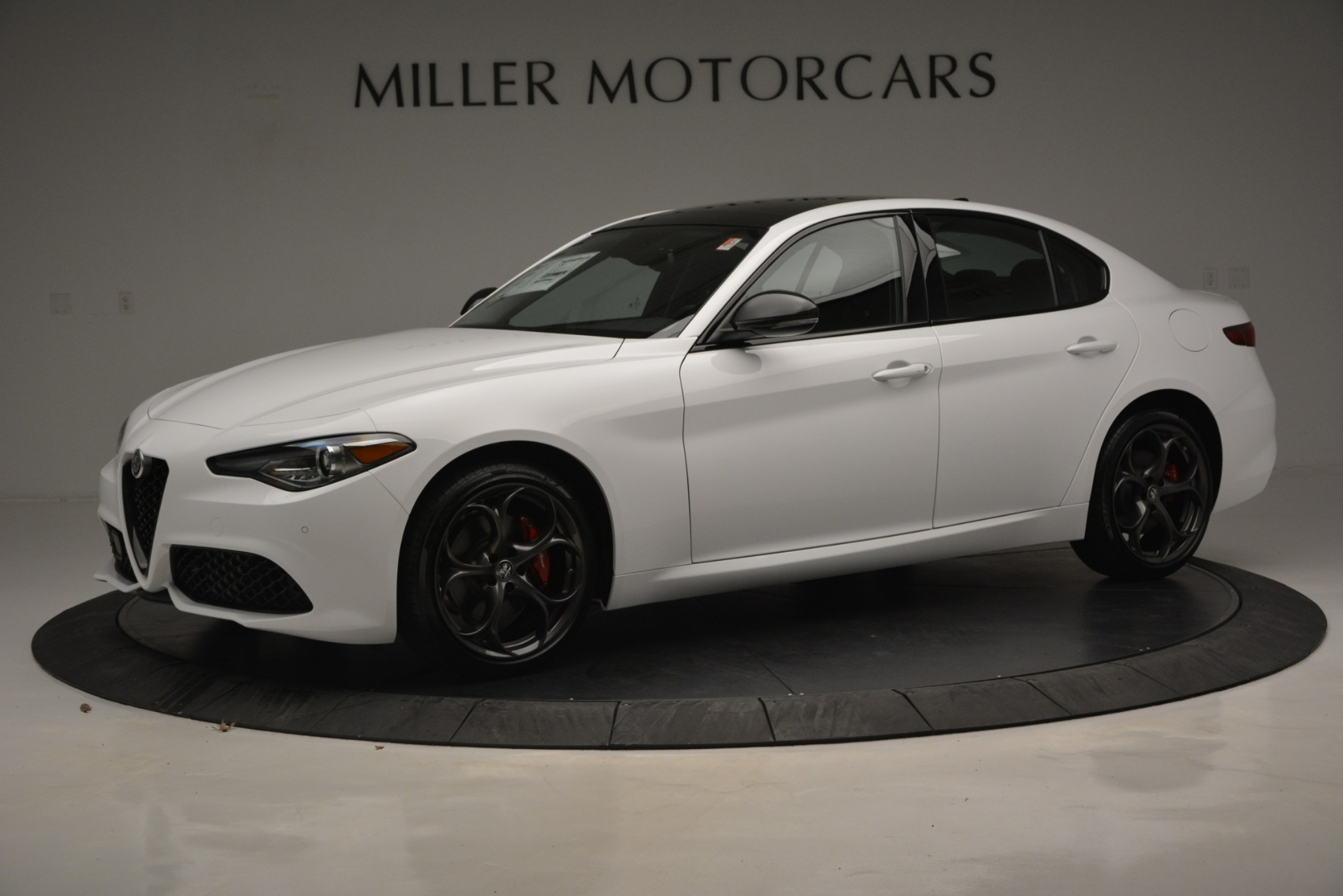 New 2019 Alfa Romeo Giulia Ti Sport Q4 For Sale In Greenwich, CT. Alfa Romeo of Greenwich, LW287 2826_p3