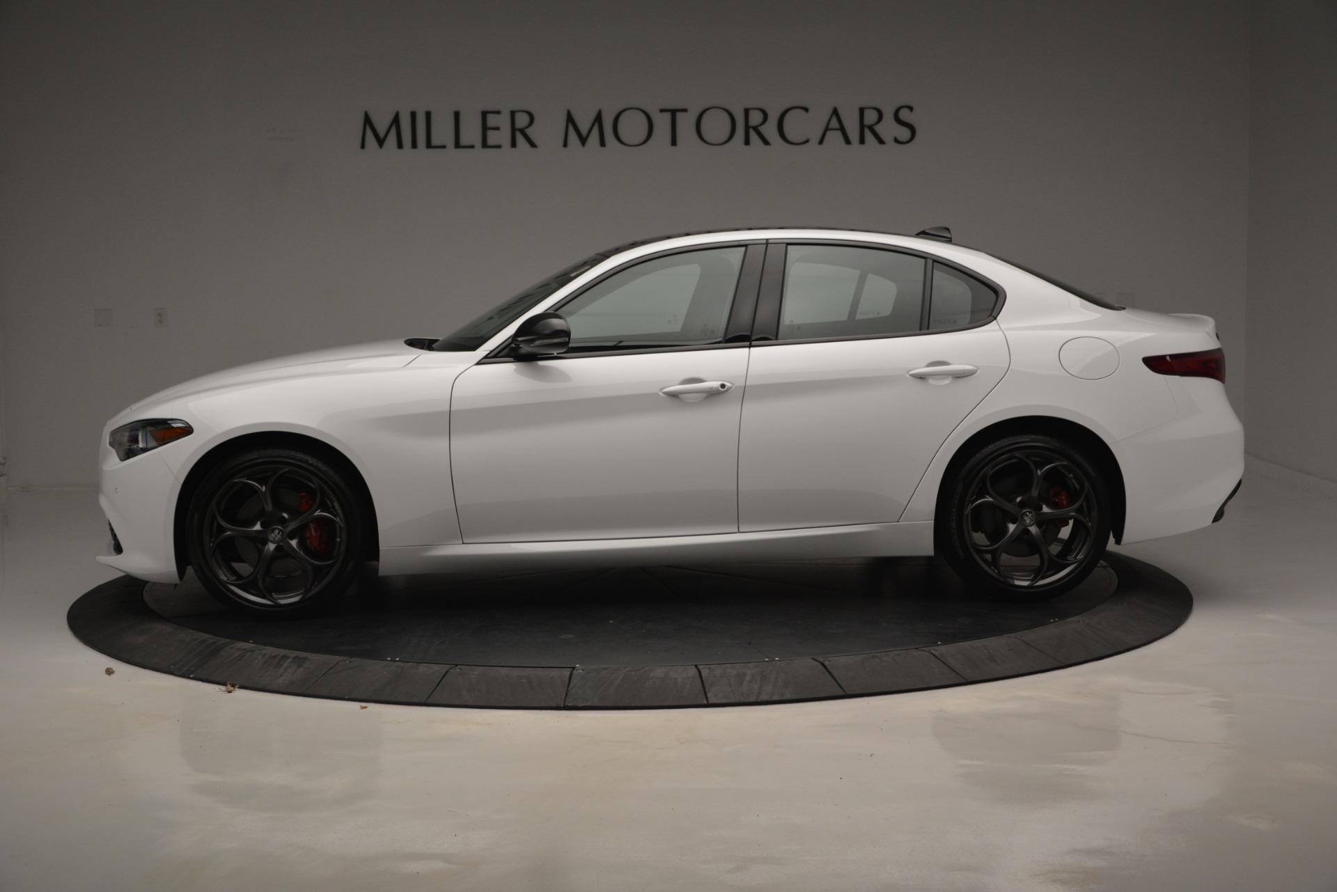 New 2019 Alfa Romeo Giulia Ti Sport Q4 For Sale In Greenwich, CT. Alfa Romeo of Greenwich, LW287 2826_p4