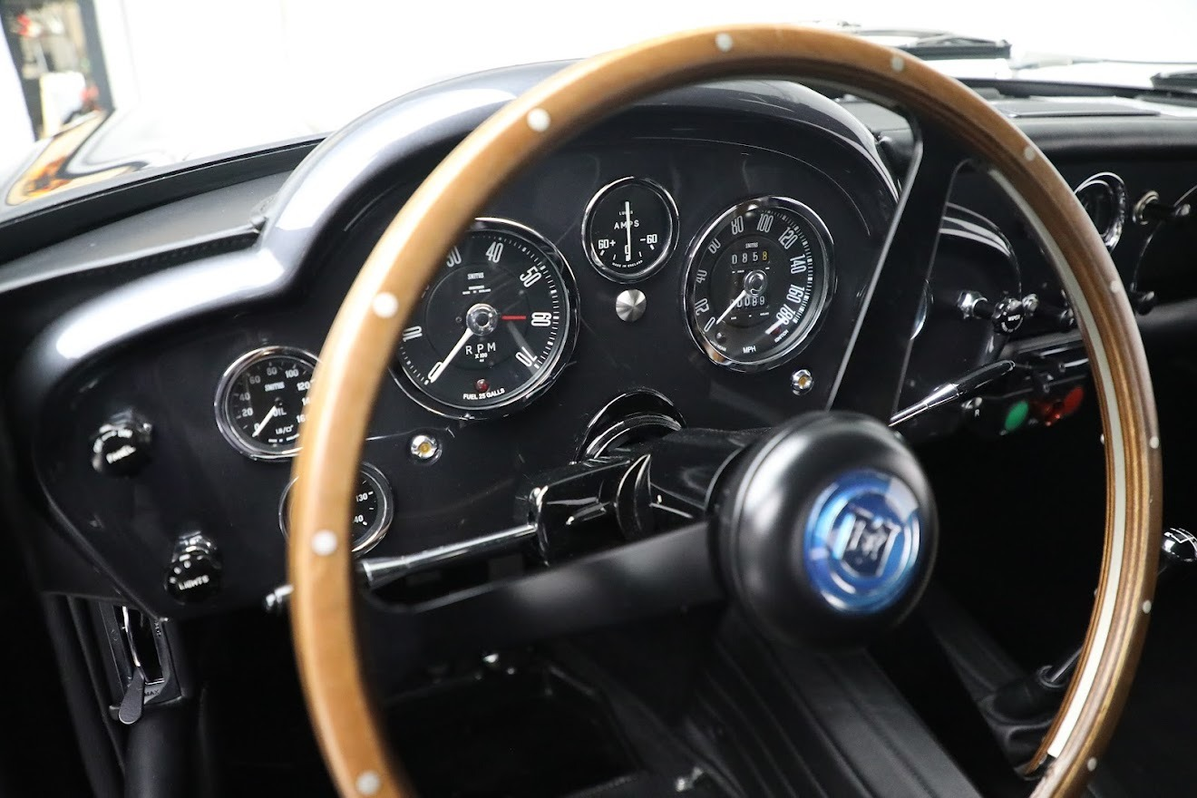 New 2018 Aston Martin DB4 GT Continuation  For Sale In Greenwich, CT. Alfa Romeo of Greenwich, A1295 2829_p16