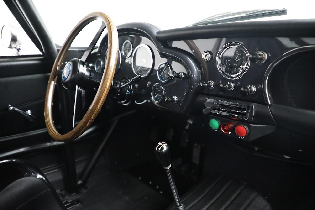 New 2018 Aston Martin DB4 GT Continuation  For Sale In Greenwich, CT. Alfa Romeo of Greenwich, A1295 2829_p24
