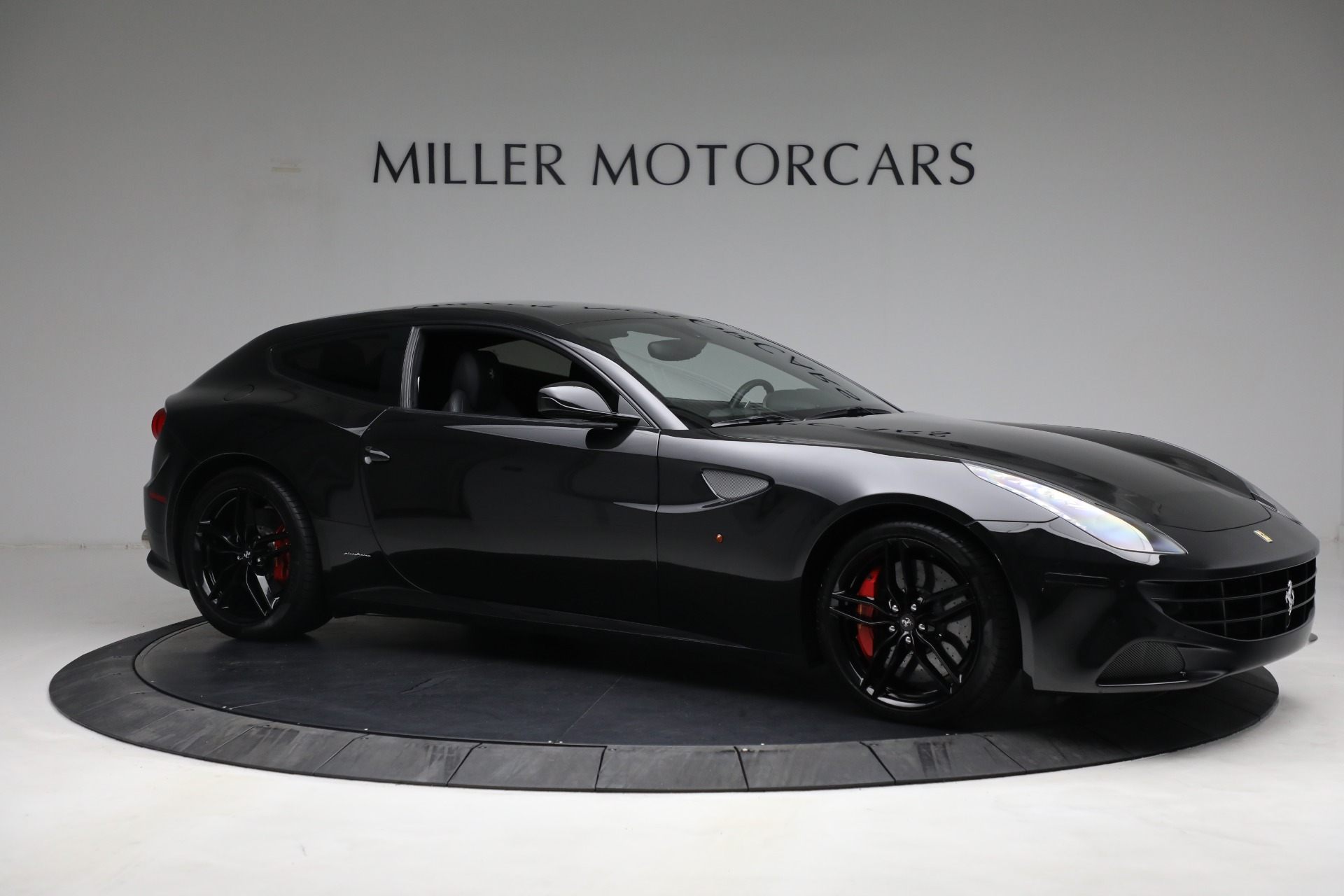 Used 2014 Ferrari FF  For Sale In Greenwich, CT. Alfa Romeo of Greenwich, 4527 2830_p10