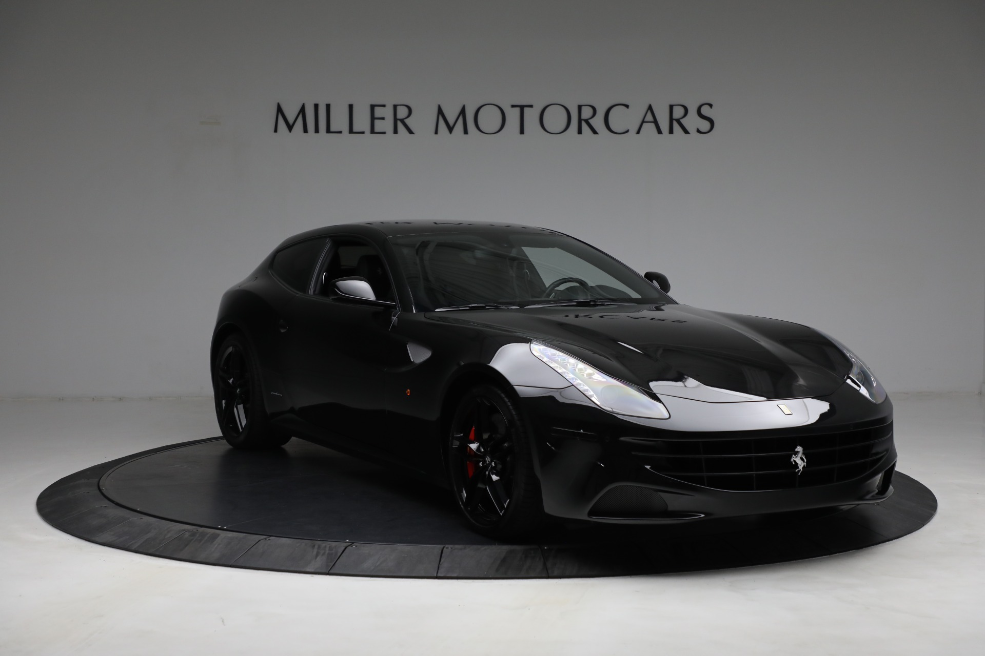 Used 2014 Ferrari FF  For Sale In Greenwich, CT. Alfa Romeo of Greenwich, 4527 2830_p11