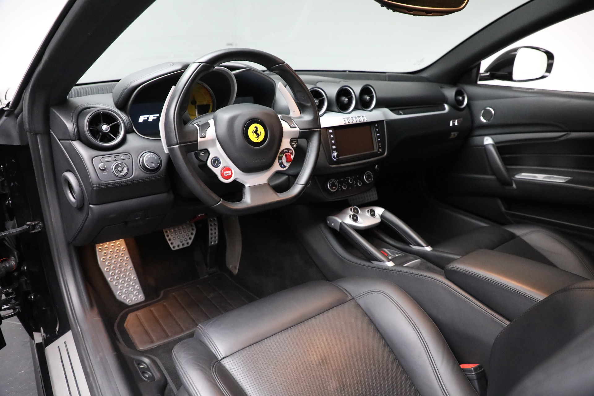 Used 2014 Ferrari FF  For Sale In Greenwich, CT. Alfa Romeo of Greenwich, 4527 2830_p14