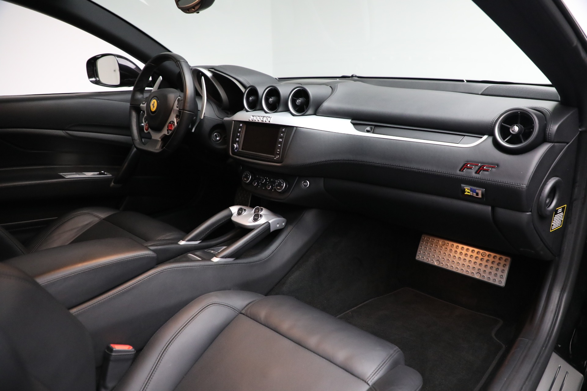 Used 2014 Ferrari FF  For Sale In Greenwich, CT. Alfa Romeo of Greenwich, 4527 2830_p19