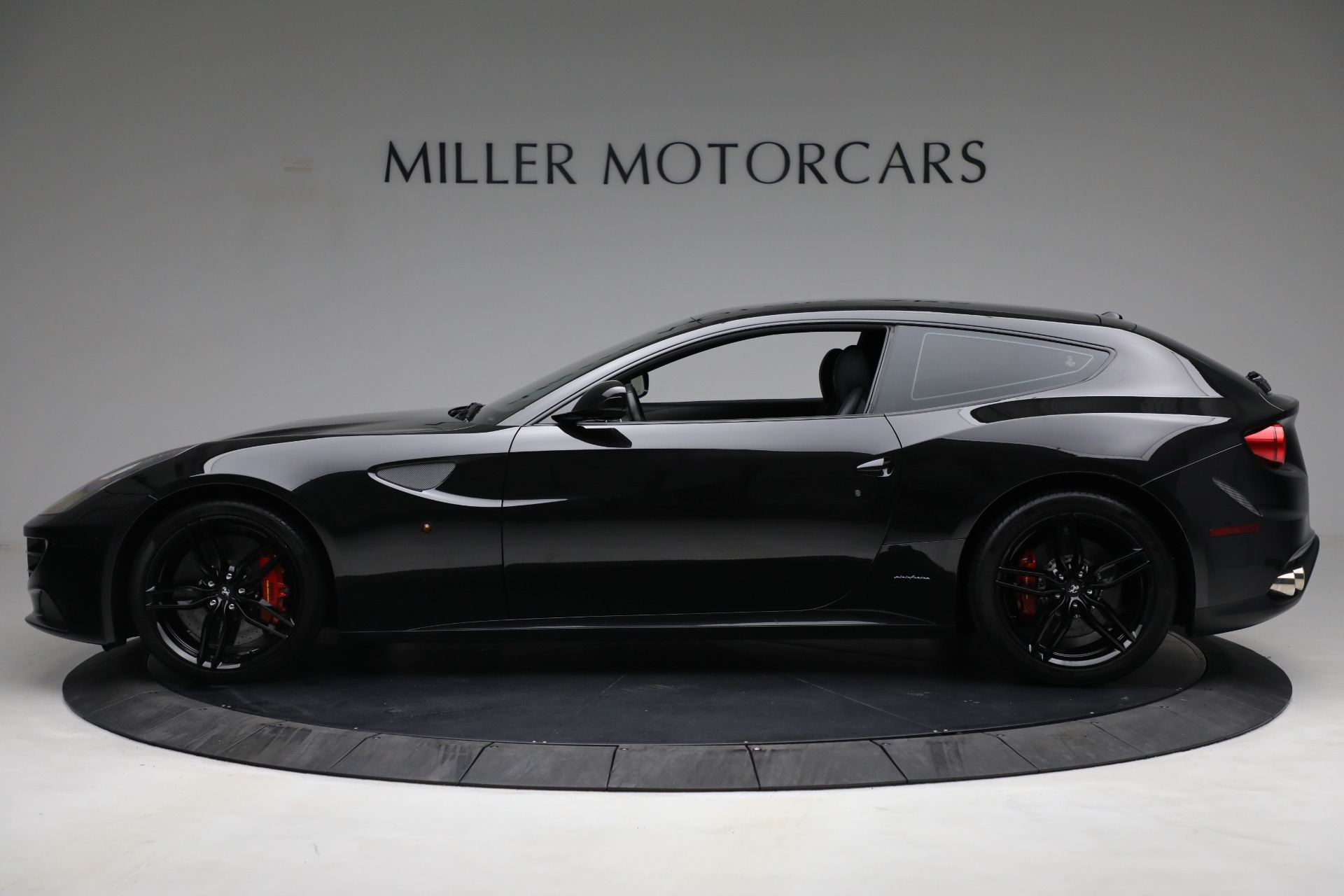 Used 2014 Ferrari FF  For Sale In Greenwich, CT. Alfa Romeo of Greenwich, 4527 2830_p3