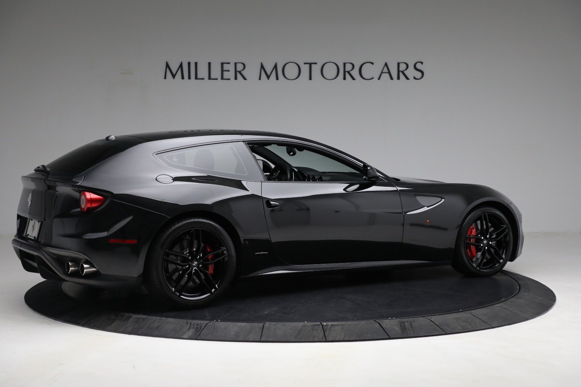 Used 2014 Ferrari FF  For Sale In Greenwich, CT. Alfa Romeo of Greenwich, 4527 2830_p8