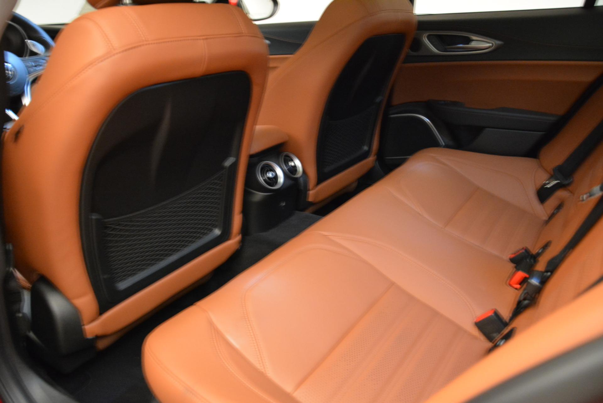 New 2019 Alfa Romeo Giulia Ti Sport Q4 For Sale In Greenwich, CT. Alfa Romeo of Greenwich, LW289 2833_p5