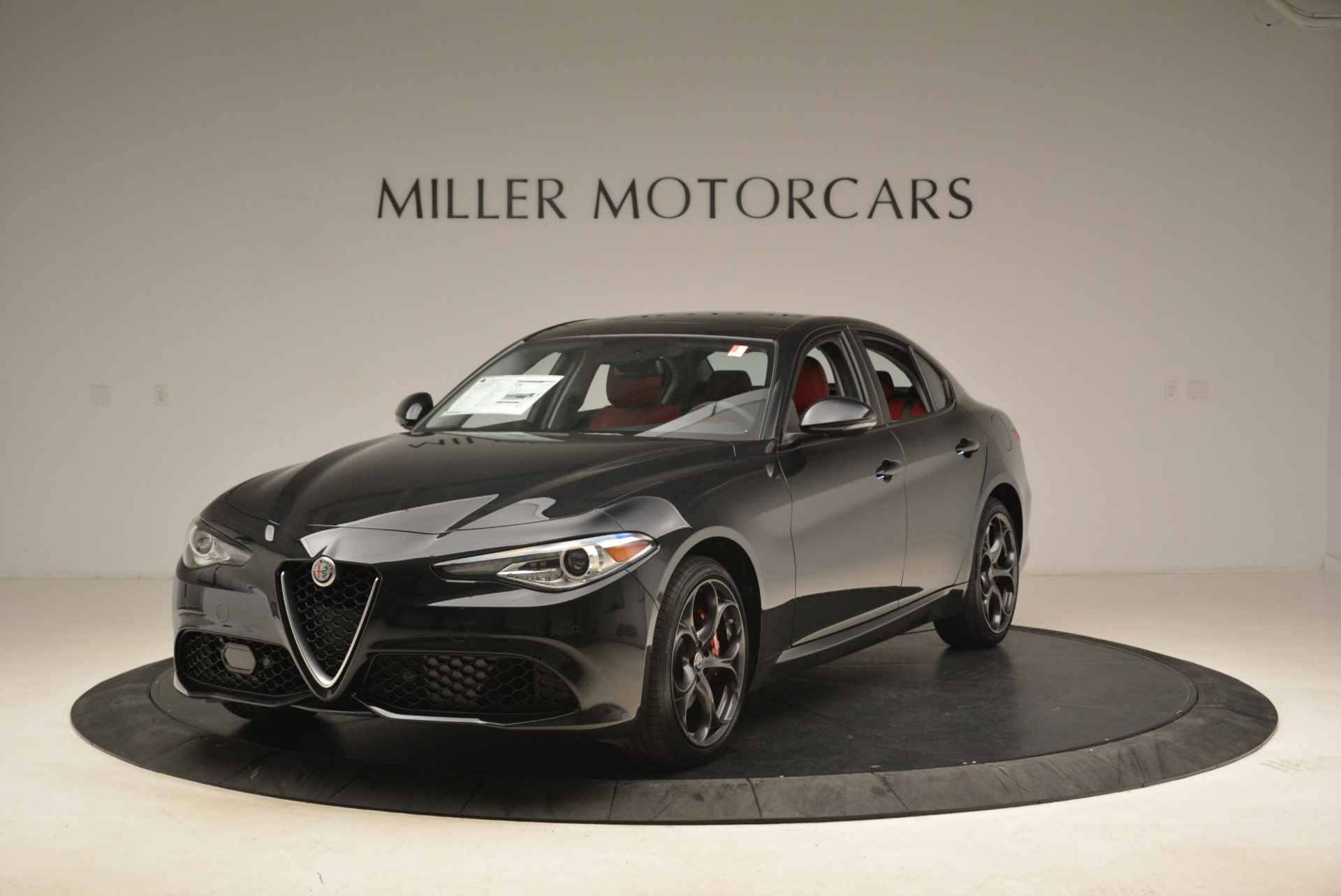 New 2019 Alfa Romeo Giulia Ti Sport Q4 For Sale In Greenwich, CT. Alfa Romeo of Greenwich, L542