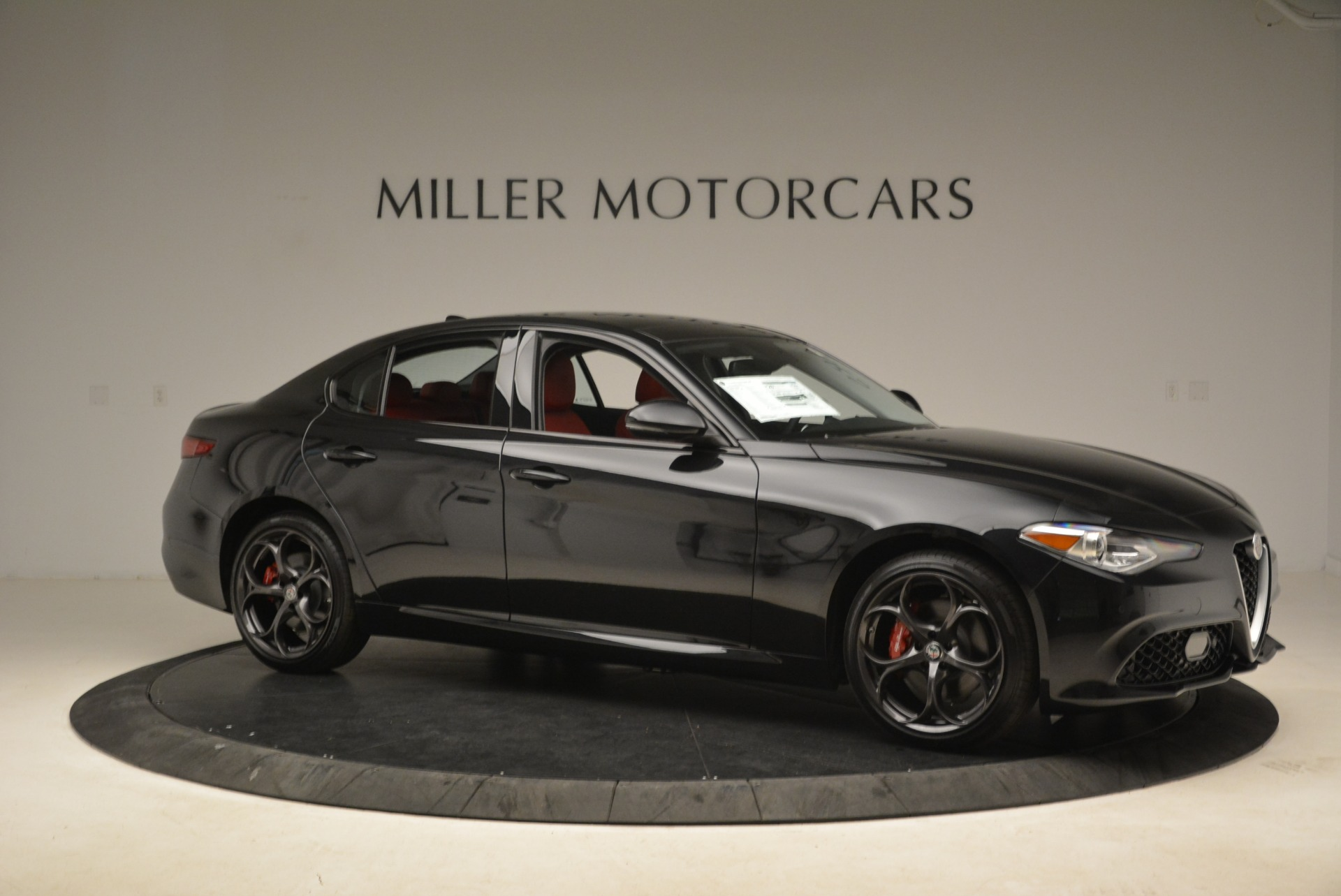 New 2019 Alfa Romeo Giulia Ti Sport Q4 For Sale In Greenwich, CT. Alfa Romeo of Greenwich, L542 2836_p10