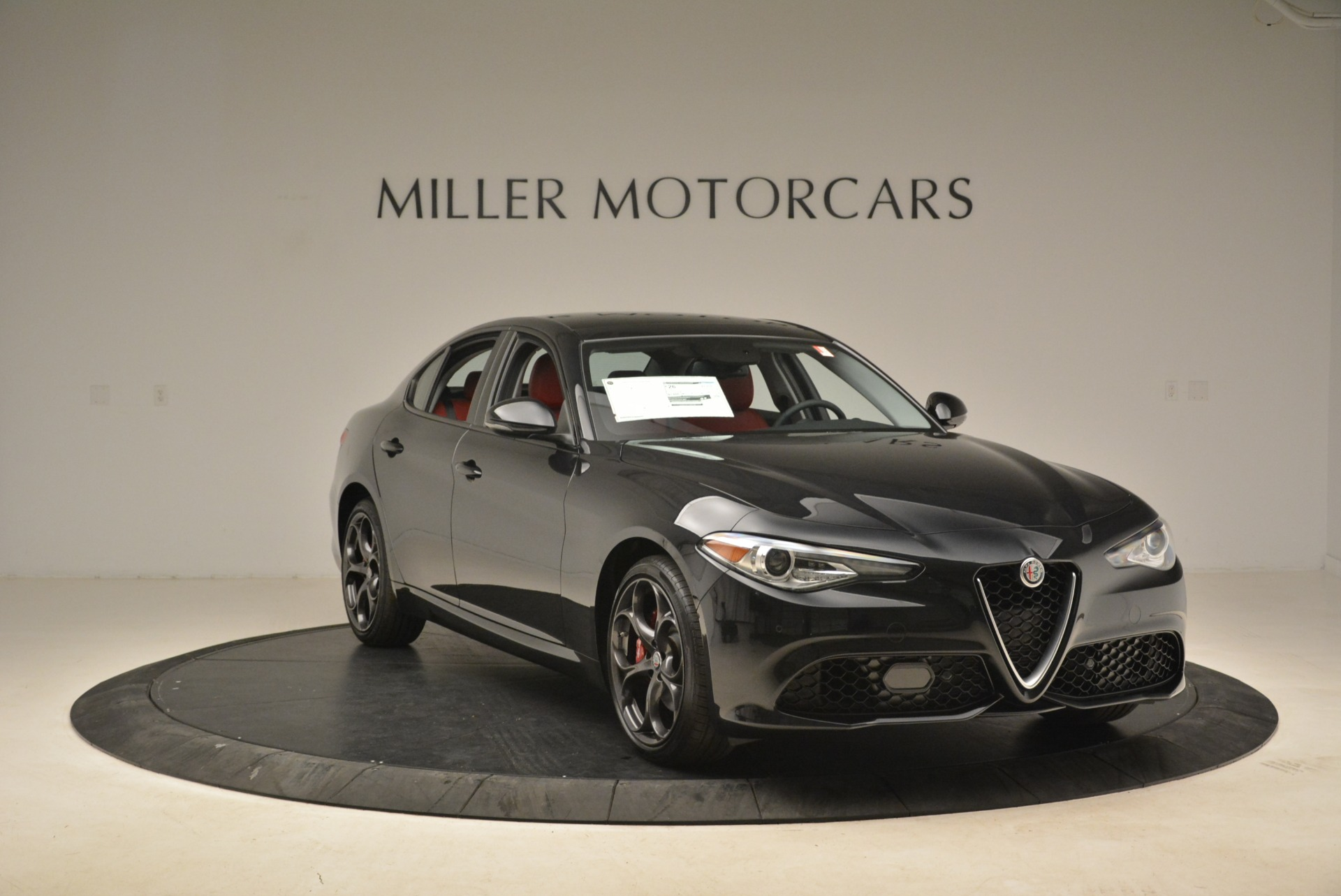 New 2019 Alfa Romeo Giulia Ti Sport Q4 For Sale In Greenwich, CT. Alfa Romeo of Greenwich, L542 2836_p11