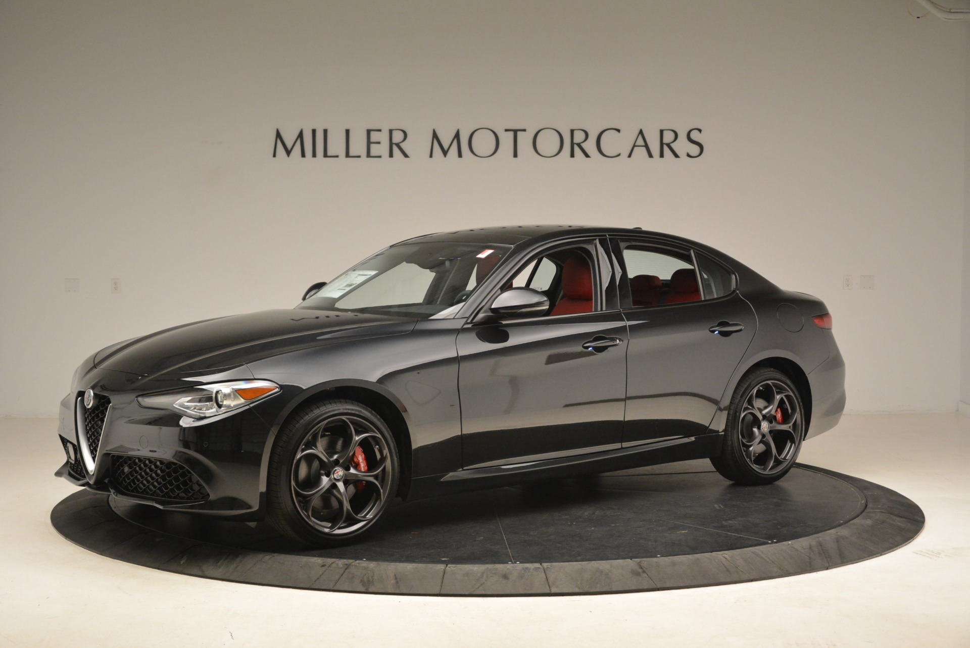 New 2019 Alfa Romeo Giulia Ti Sport Q4 For Sale In Greenwich, CT. Alfa Romeo of Greenwich, L542 2836_p2