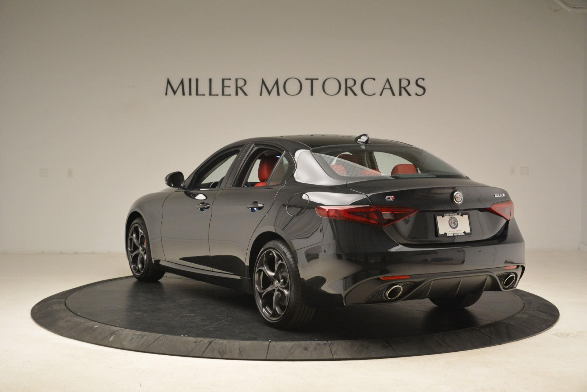 New 2019 Alfa Romeo Giulia Ti Sport Q4 For Sale In Greenwich, CT. Alfa Romeo of Greenwich, L542 2836_p5