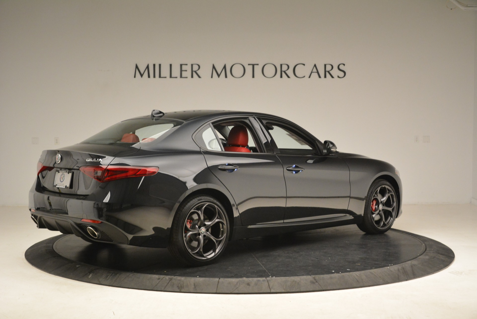 New 2019 Alfa Romeo Giulia Ti Sport Q4 For Sale In Greenwich, CT. Alfa Romeo of Greenwich, L542 2836_p8