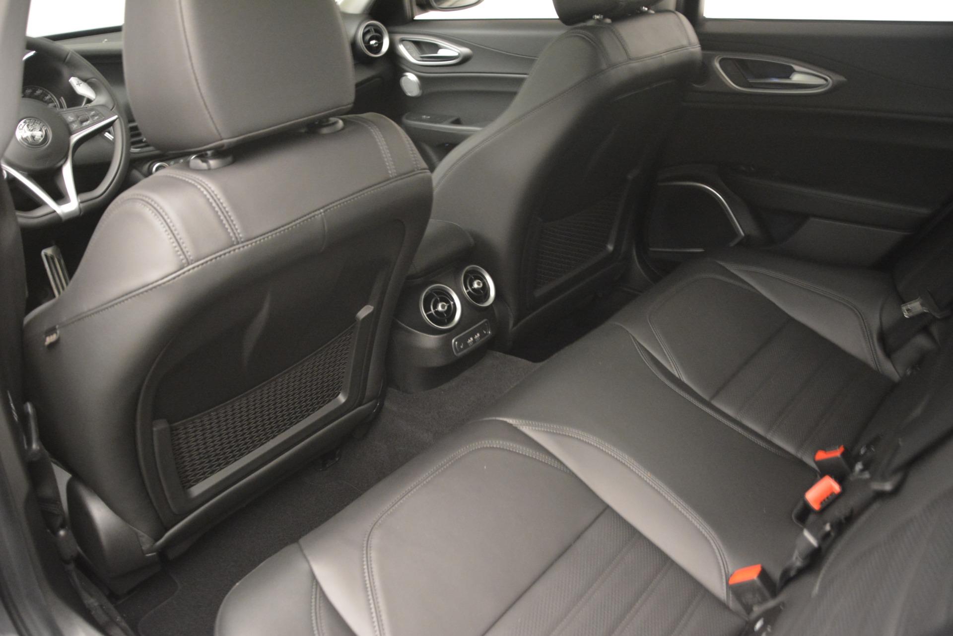 New 2019 Alfa Romeo Giulia Ti Sport Q4 For Sale In Greenwich, CT. Alfa Romeo of Greenwich, L543 2837_p18