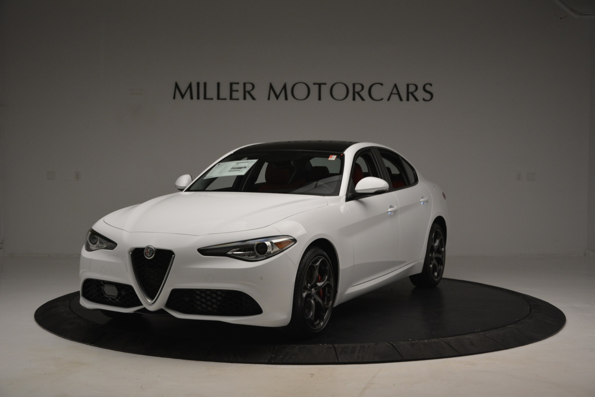 New 2019 Alfa Romeo Giulia Ti Sport Q4 For Sale In Greenwich, CT. Alfa Romeo of Greenwich, L545 2839_main