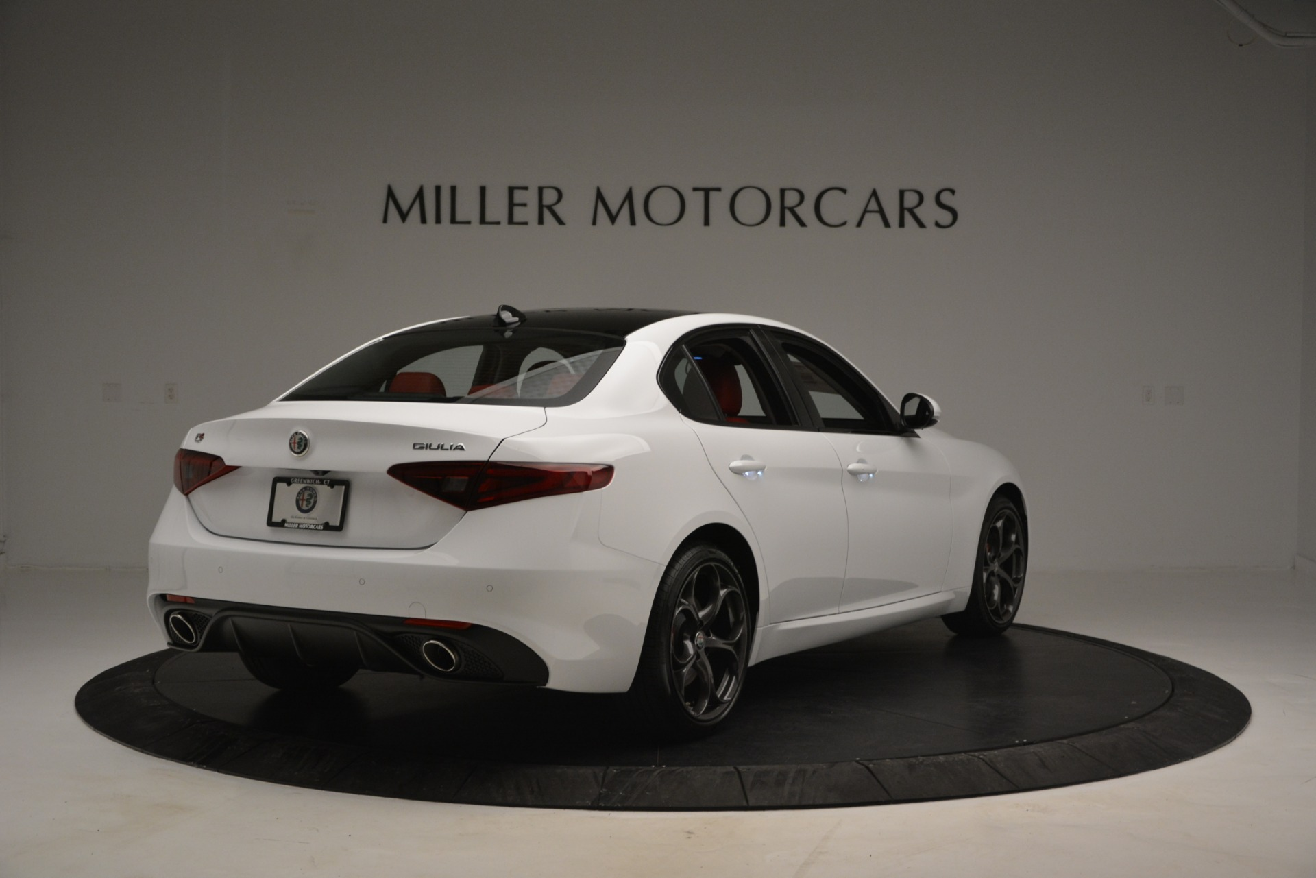 New 2019 Alfa Romeo Giulia Ti Sport Q4 For Sale In Greenwich, CT. Alfa Romeo of Greenwich, L545 2839_p7