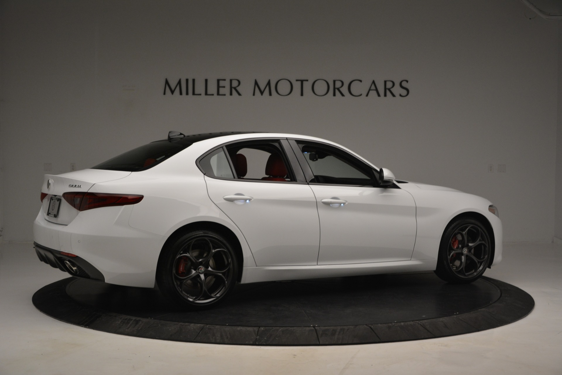 New 2019 Alfa Romeo Giulia Ti Sport Q4 For Sale In Greenwich, CT. Alfa Romeo of Greenwich, L545 2839_p8
