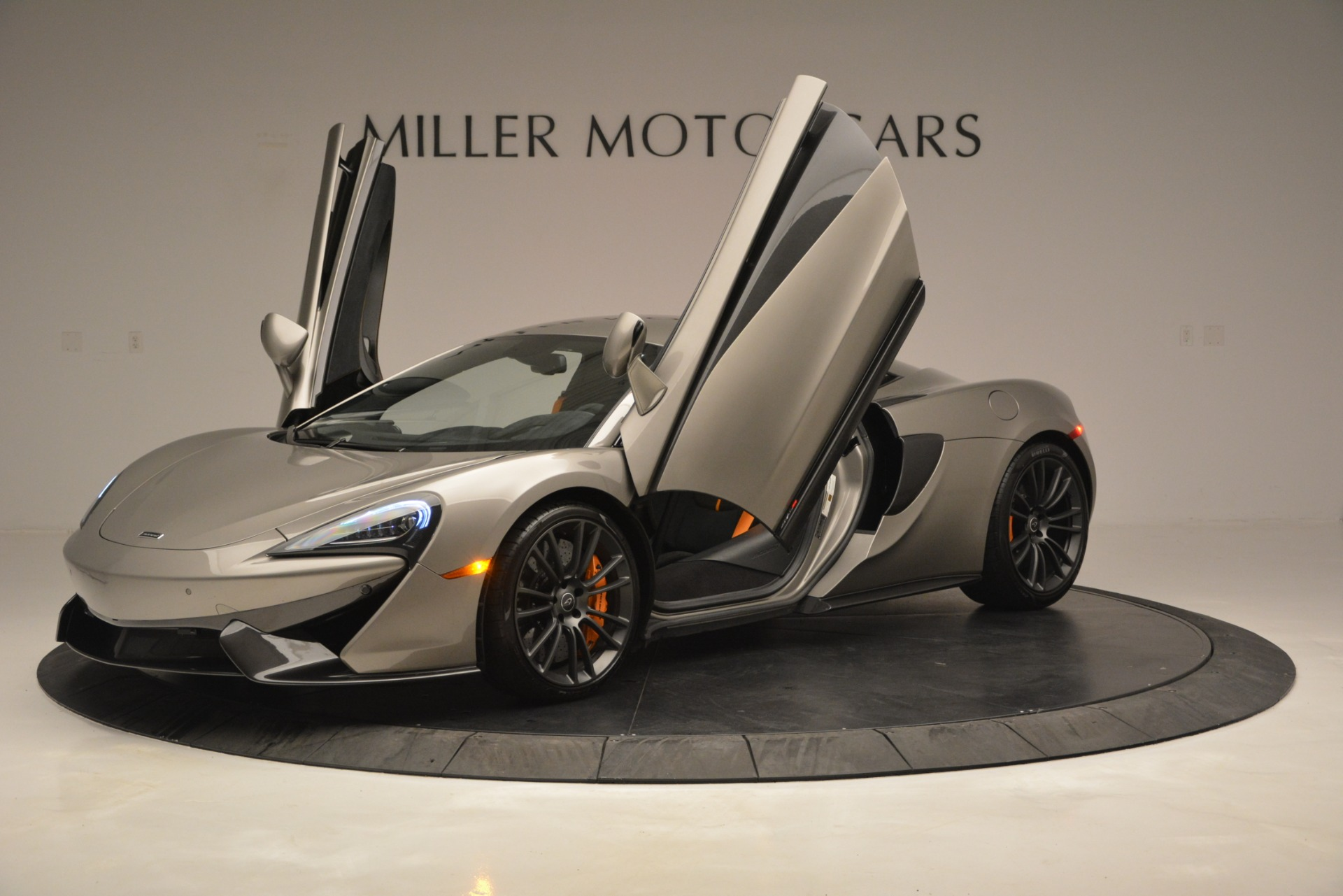 Used 2017 McLaren 570S Coupe For Sale In Greenwich, CT. Alfa Romeo of Greenwich, MC406A 2842_p14