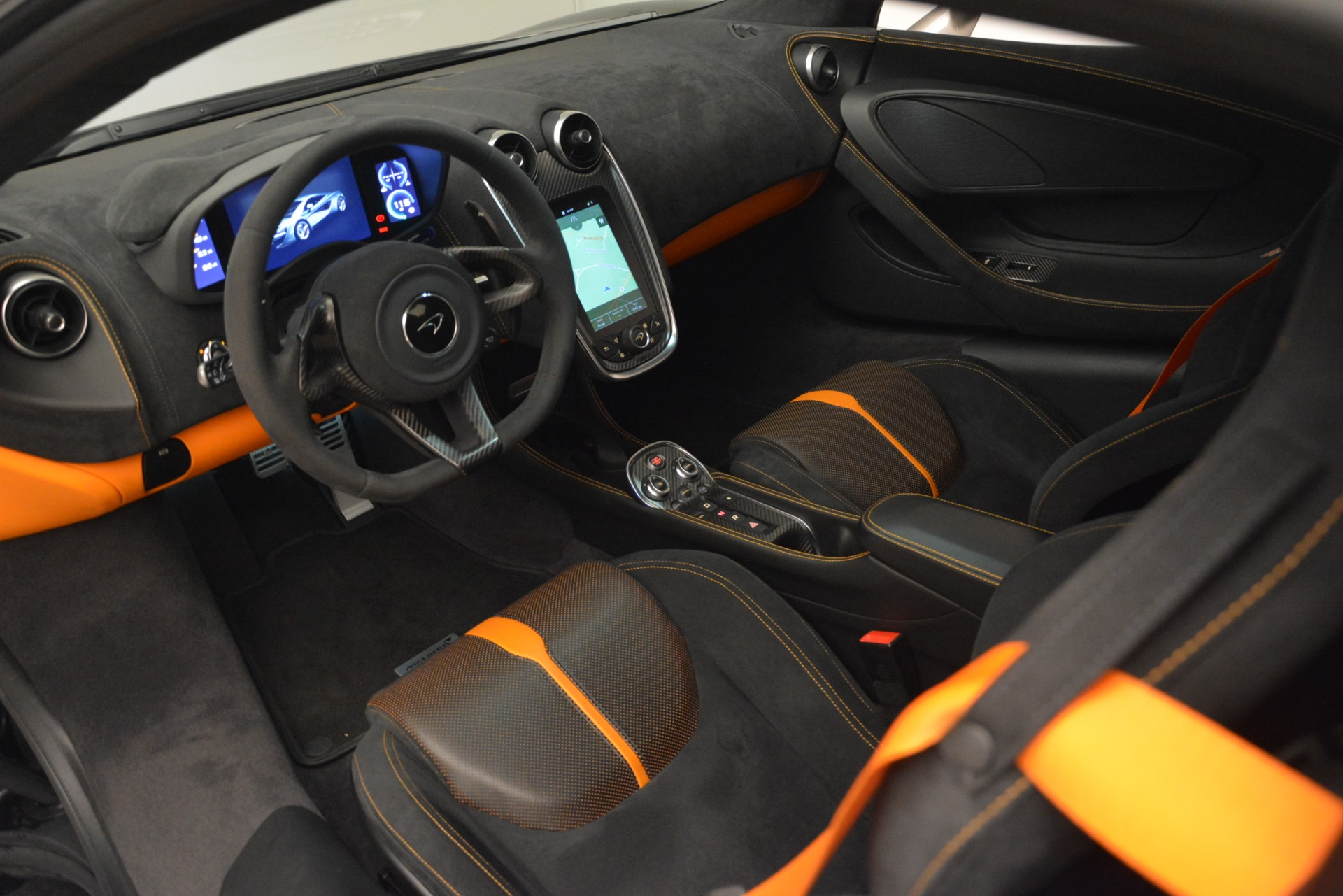 Used 2017 McLaren 570S Coupe For Sale In Greenwich, CT. Alfa Romeo of Greenwich, MC406A 2842_p15