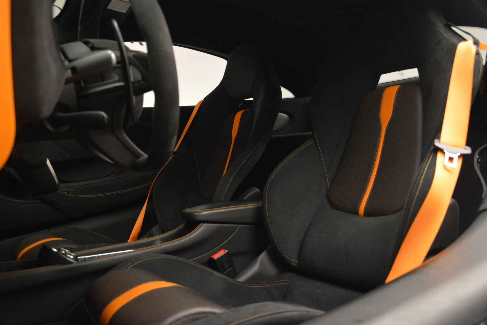 Used 2017 McLaren 570S Coupe For Sale In Greenwich, CT. Alfa Romeo of Greenwich, MC406A 2842_p17