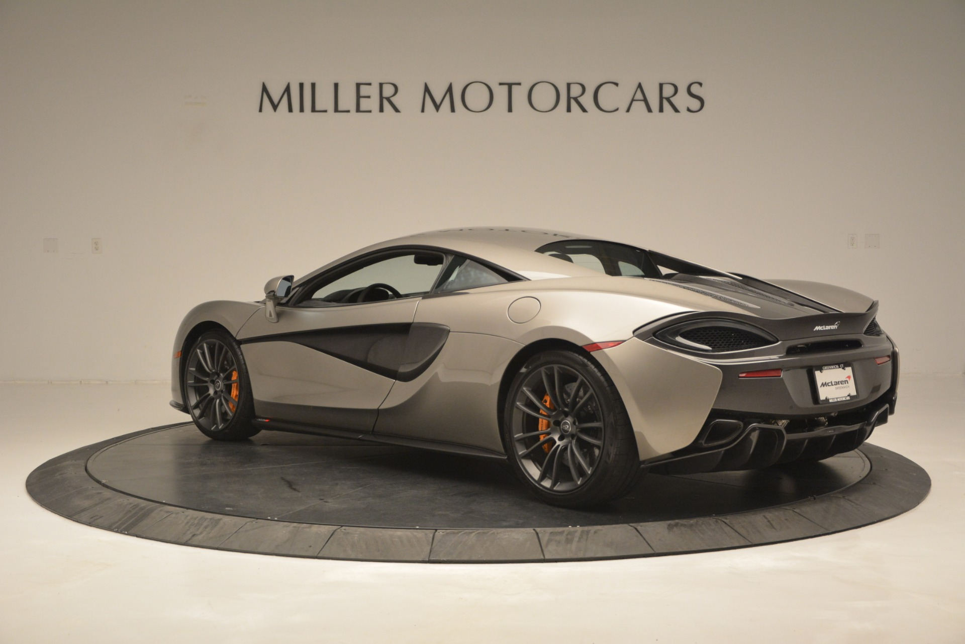 Used 2017 McLaren 570S Coupe For Sale In Greenwich, CT. Alfa Romeo of Greenwich, MC406A 2842_p4