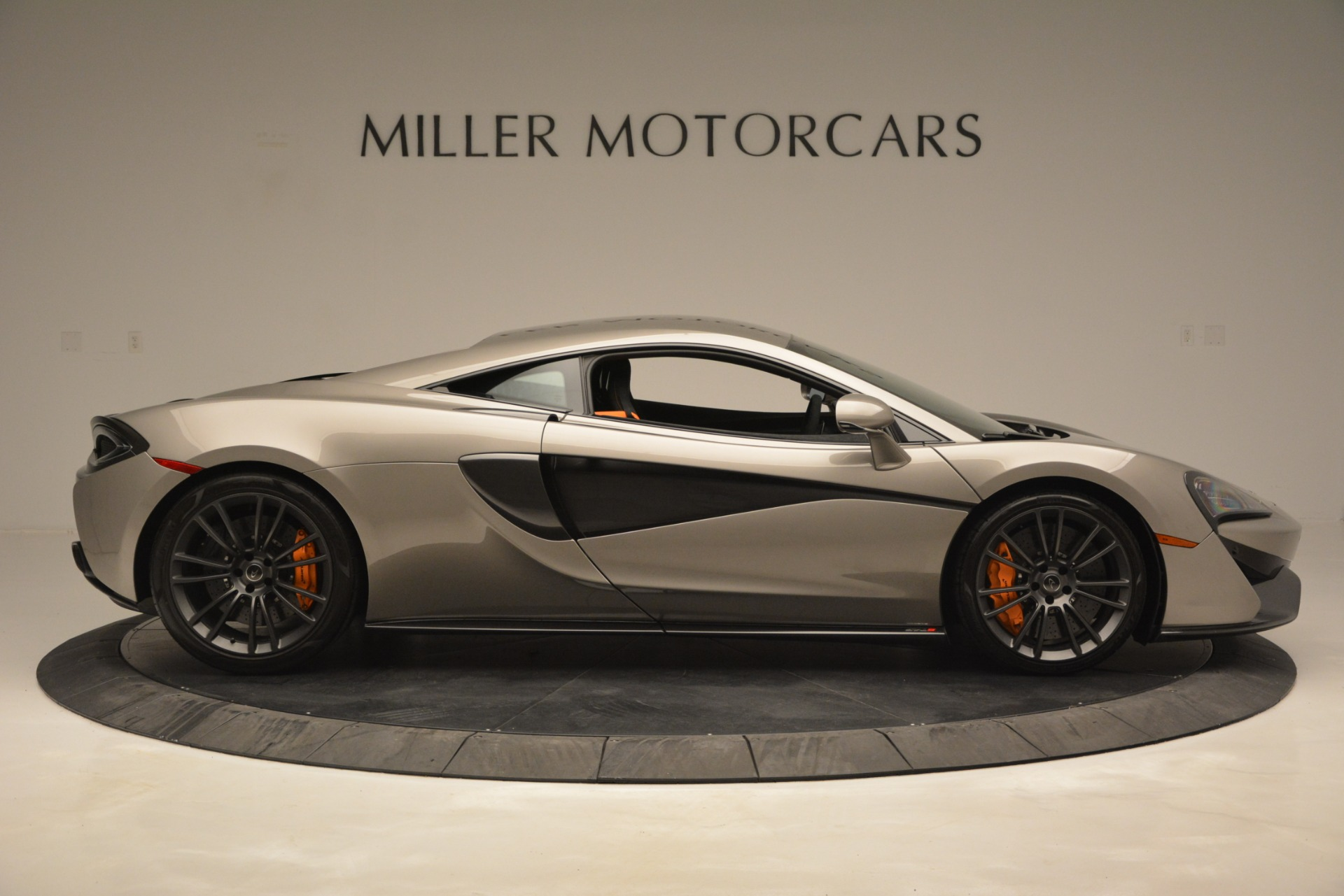 Used 2017 McLaren 570S Coupe For Sale In Greenwich, CT. Alfa Romeo of Greenwich, MC406A 2842_p9