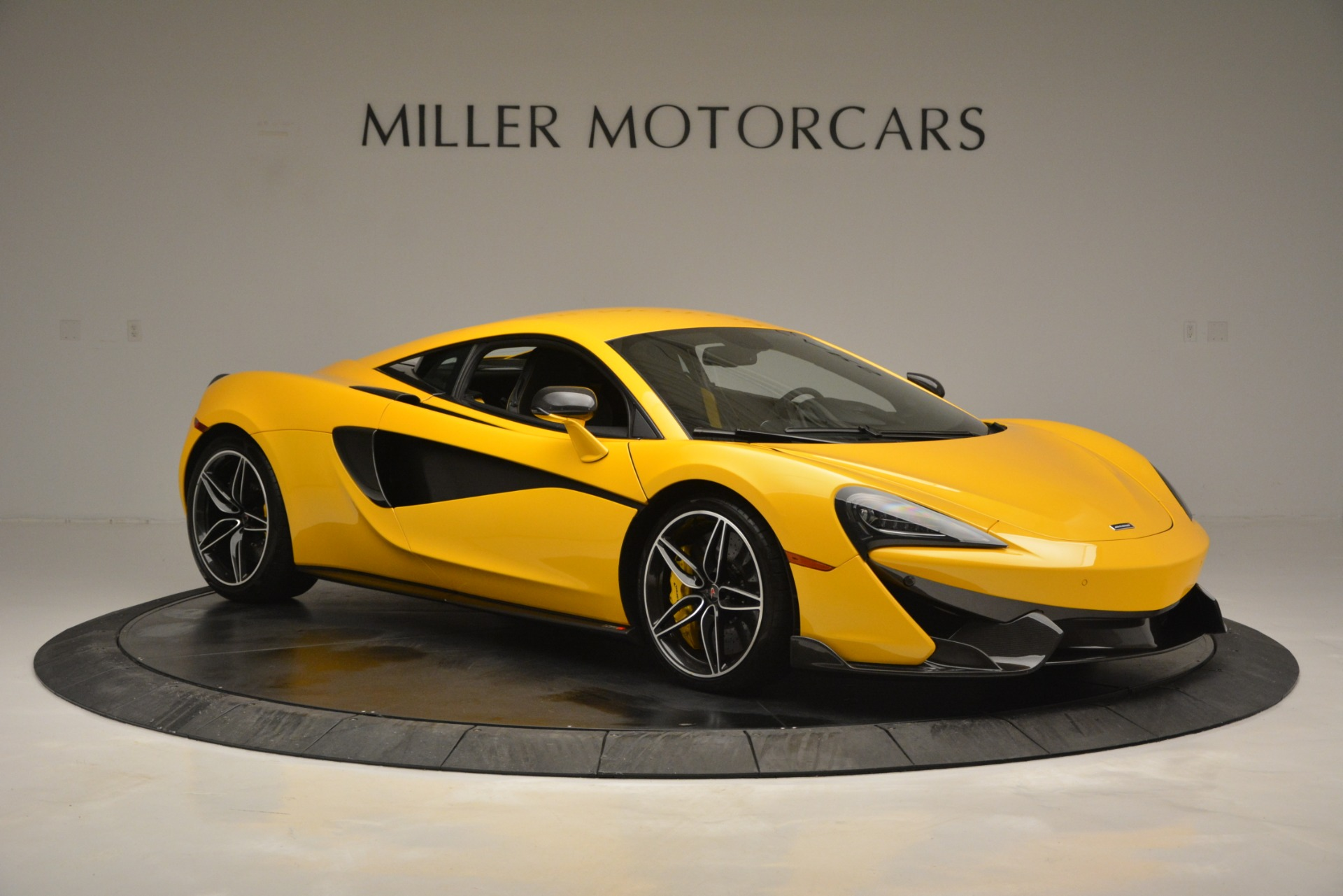 Used 2017 McLaren 570S  For Sale In Greenwich, CT. Alfa Romeo of Greenwich, 3146 2843_p10