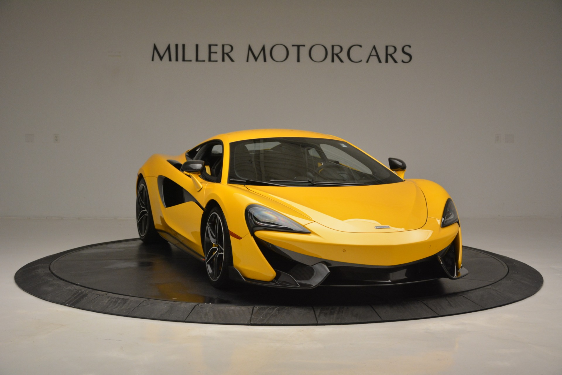Used 2017 McLaren 570S  For Sale In Greenwich, CT. Alfa Romeo of Greenwich, 3146 2843_p11