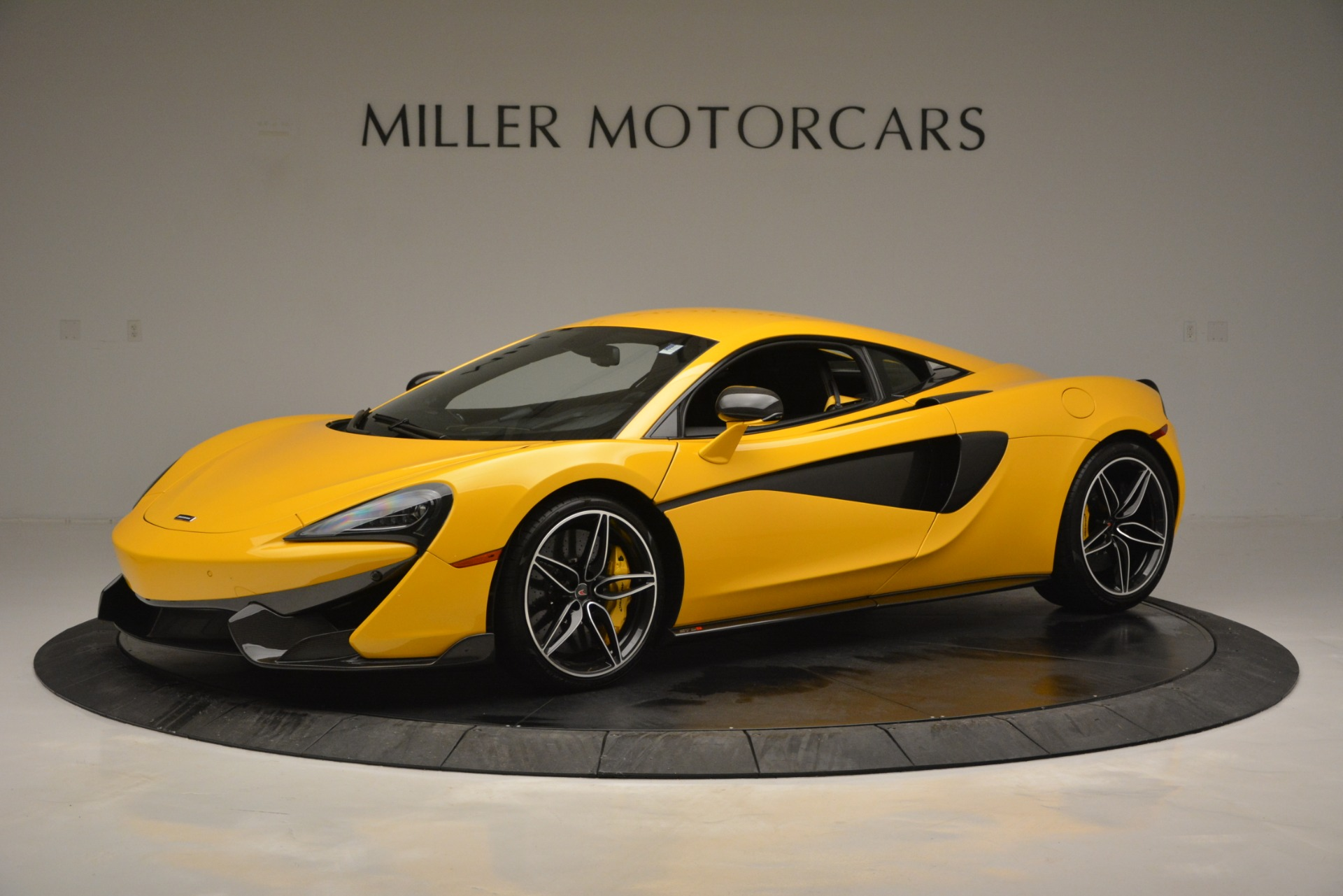 Used 2017 McLaren 570S  For Sale In Greenwich, CT. Alfa Romeo of Greenwich, 3146 2843_p2