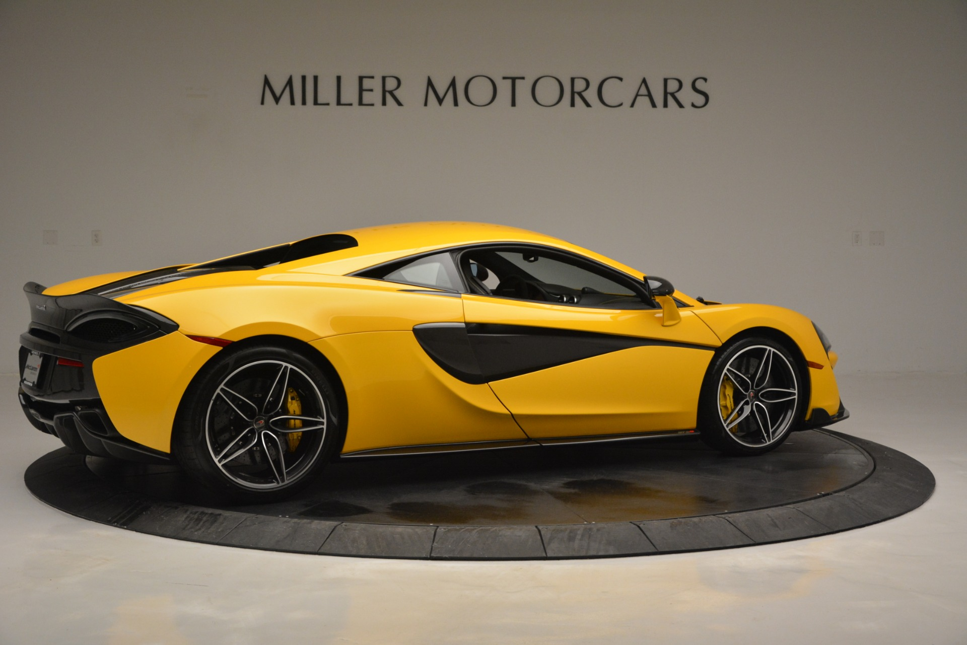 Used 2017 McLaren 570S  For Sale In Greenwich, CT. Alfa Romeo of Greenwich, 3146 2843_p8