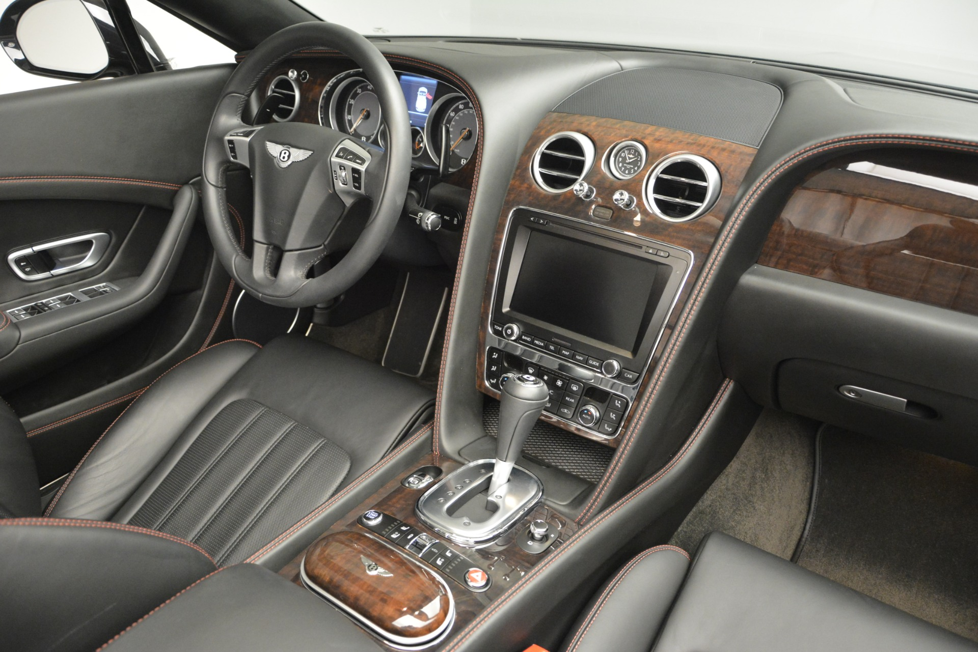 Used 2014 Bentley Continental GT V8 For Sale In Greenwich, CT. Alfa Romeo of Greenwich, 7454 2844_p32