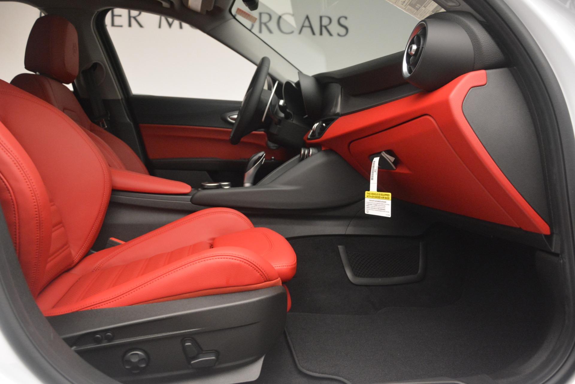 New 2019 Alfa Romeo Giulia Ti Sport Q4 For Sale In Greenwich, CT. Alfa Romeo of Greenwich, L550 2859_p23