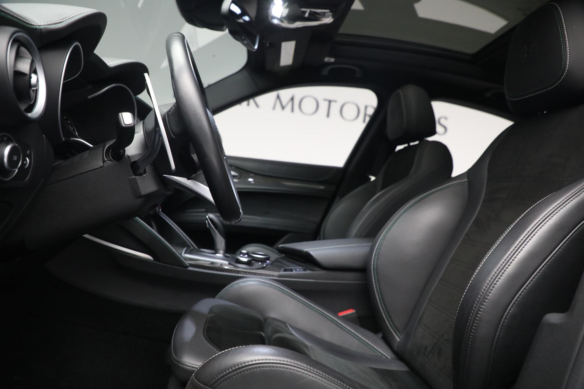 New 2019 Alfa Romeo Stelvio Quadrifoglio For Sale In Greenwich, CT. Alfa Romeo of Greenwich, L557 2867_p14