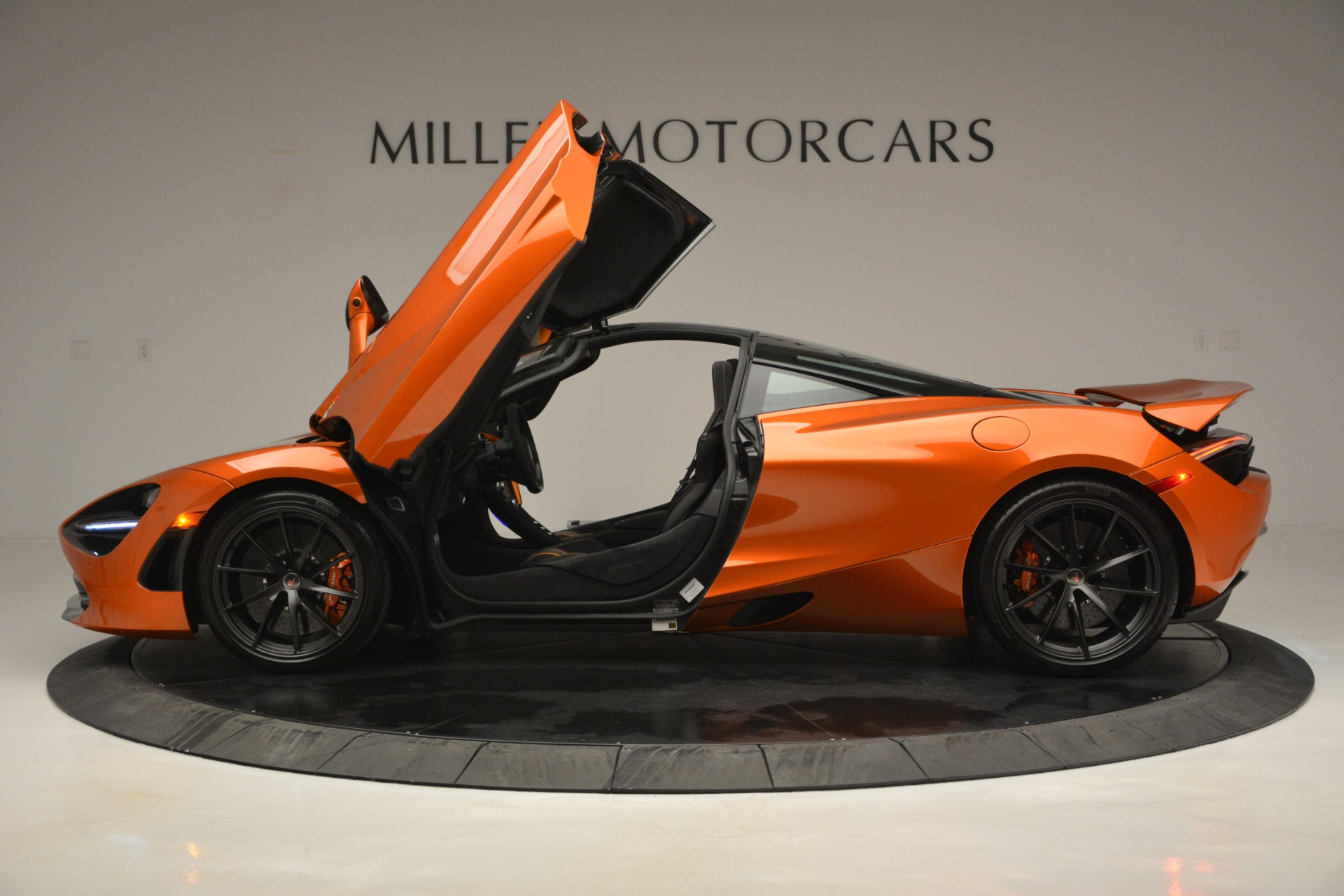 Used 2018 McLaren 720S Coupe For Sale In Greenwich, CT. Alfa Romeo of Greenwich, 3151 2870_p15