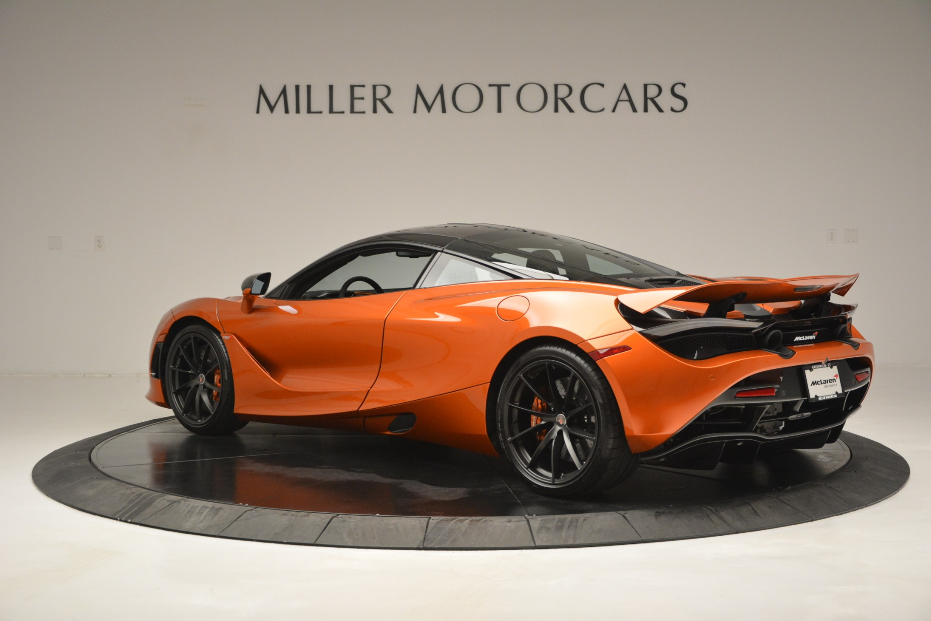 Used 2018 McLaren 720S Coupe For Sale In Greenwich, CT. Alfa Romeo of Greenwich, 3151 2870_p4