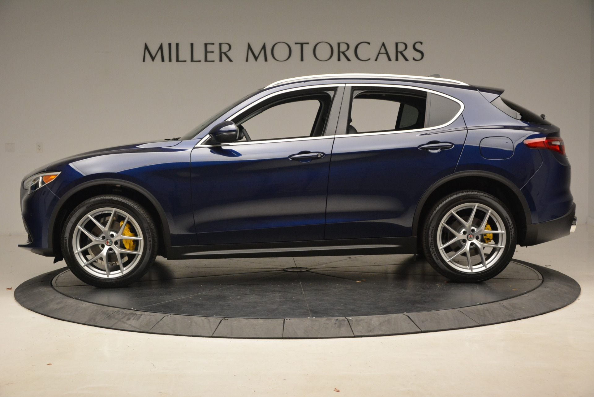 New 2019 Alfa Romeo Stelvio Ti Q4 For Sale In Greenwich, CT. Alfa Romeo of Greenwich, LW298 2876_p3