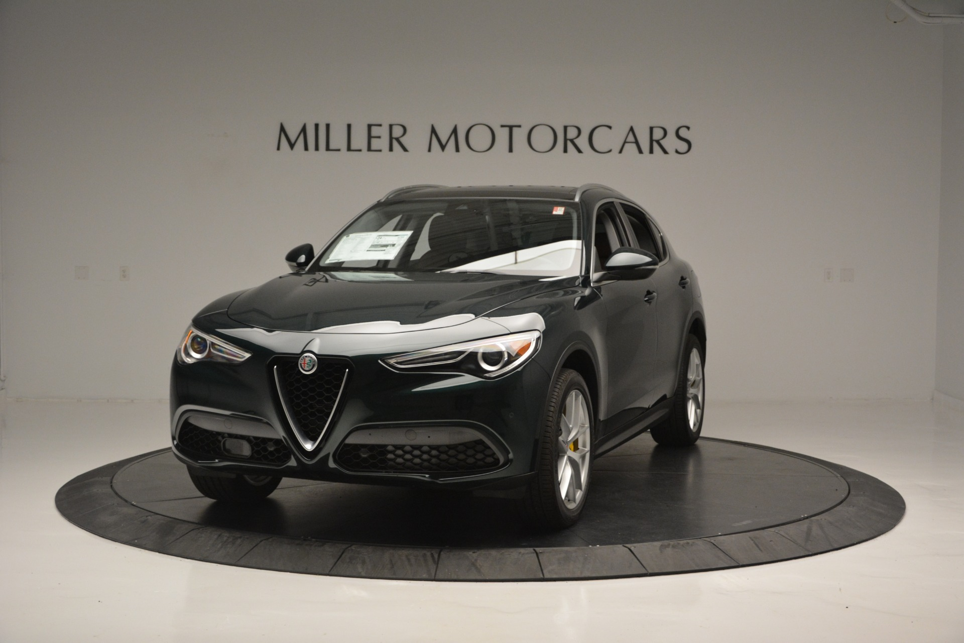 New 2019 Alfa Romeo Stelvio Ti Q4 For Sale In Greenwich, CT. Alfa Romeo of Greenwich, LW299 2877_main